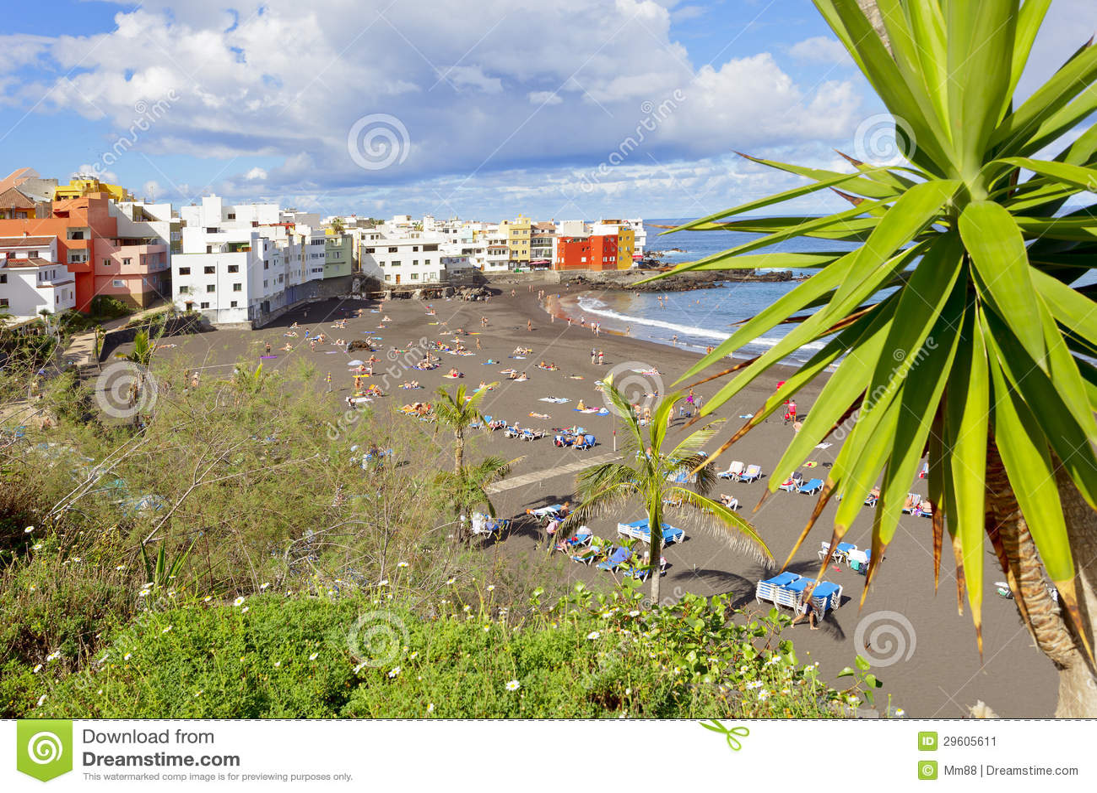Playa de jardin stock image image 29605611 for Aparthotel jardin de playa