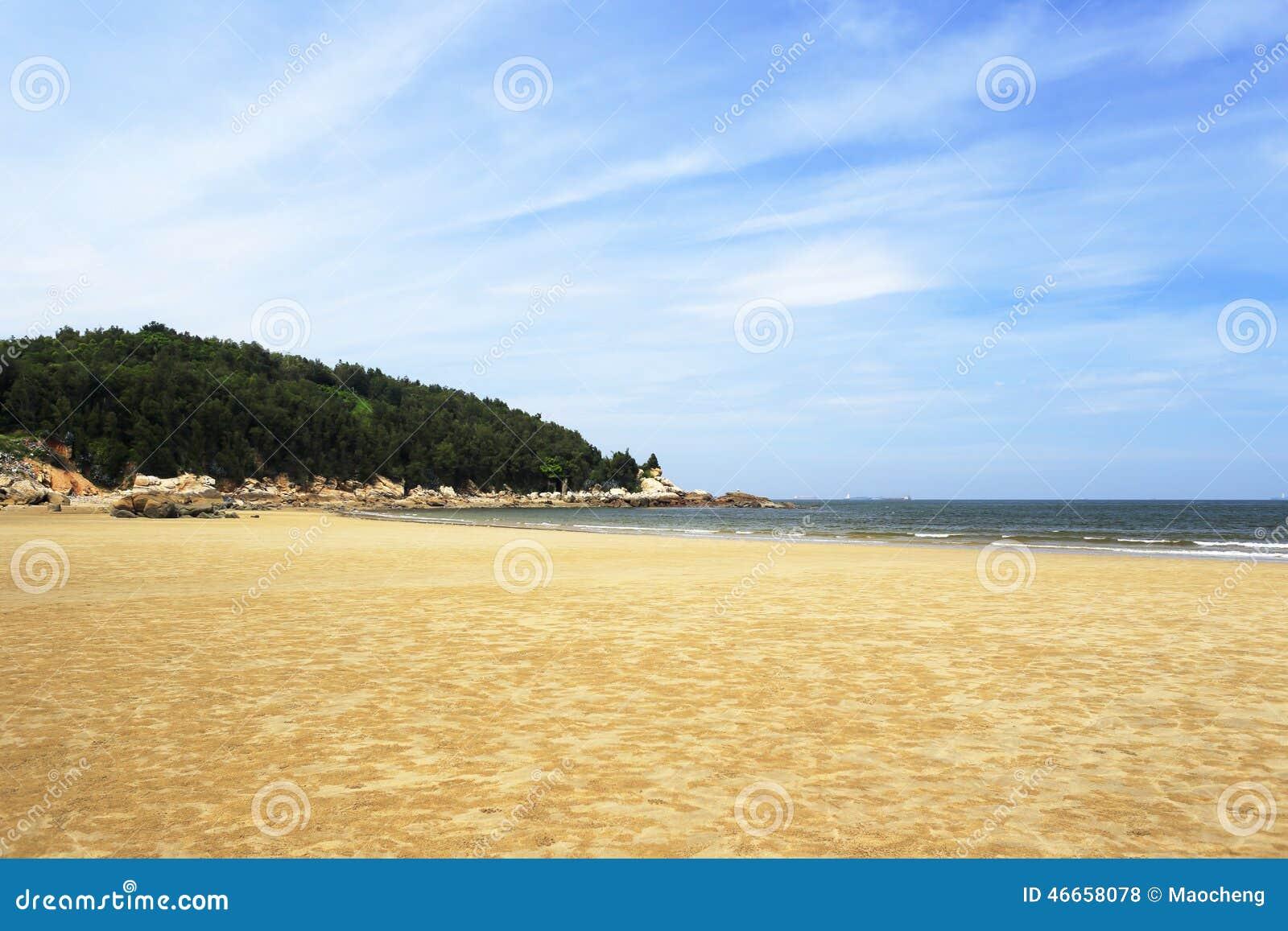 Playa de la arena de la isla de Wuyu