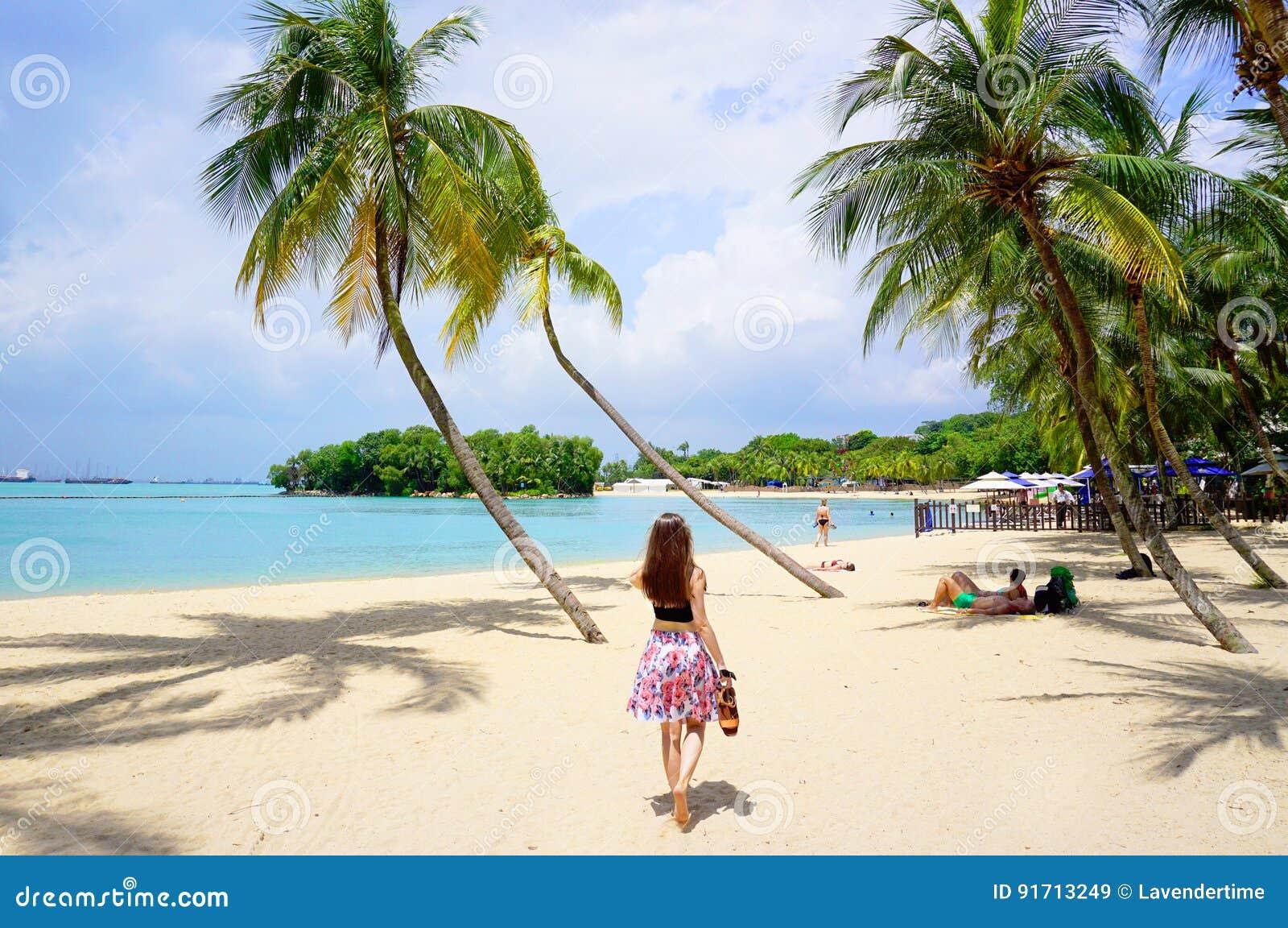 Playa De Palawan De La Isla De Sentosa Imagen de archivo editorial ...