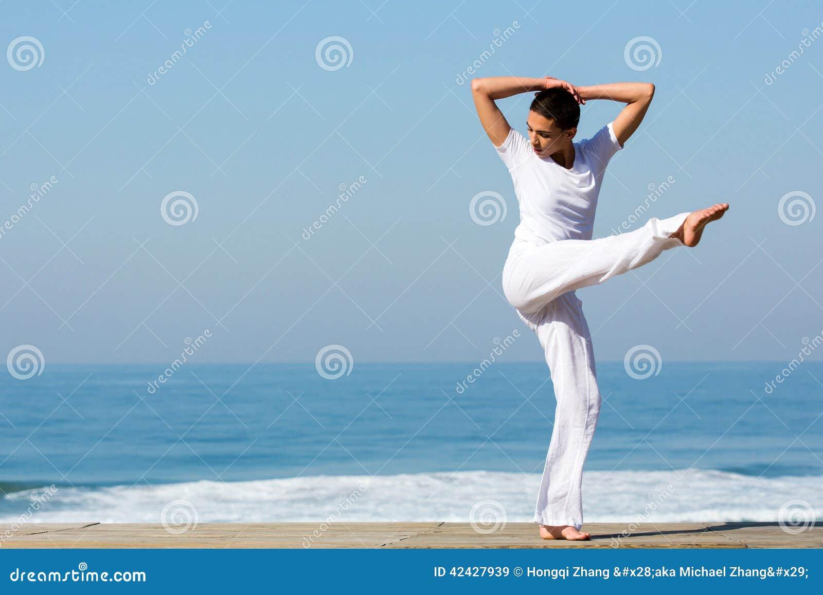 Playa del baile de la muchacha