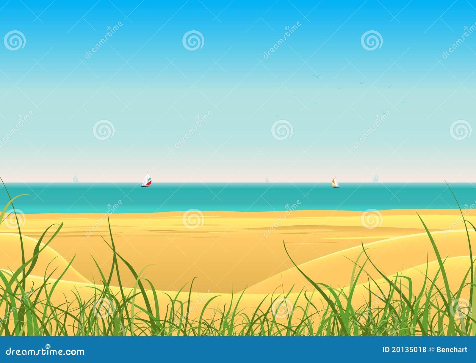 Playa del verano con el fondo de la postal de los barcos de vela