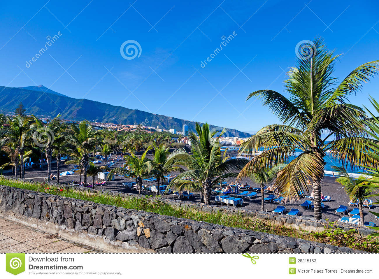 Playa jardin and teide peak in puerto de la cruz tenerife for Aparthotel jardin de playa