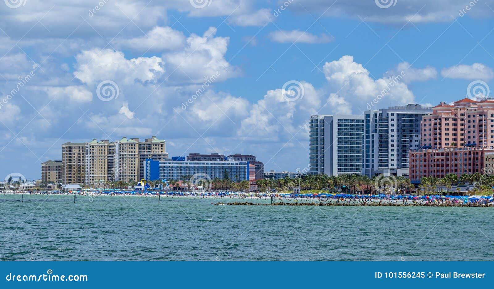 Playa la Florida del clearwater del horizonte del océano
