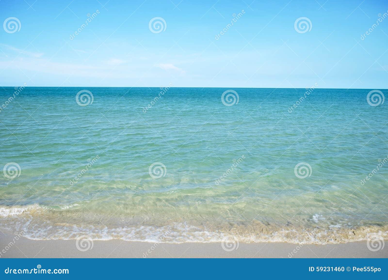 Download Playa Muy Clara Del Mar Y De La Arena Foto de archivo - Imagen de españa, fino: 59231460