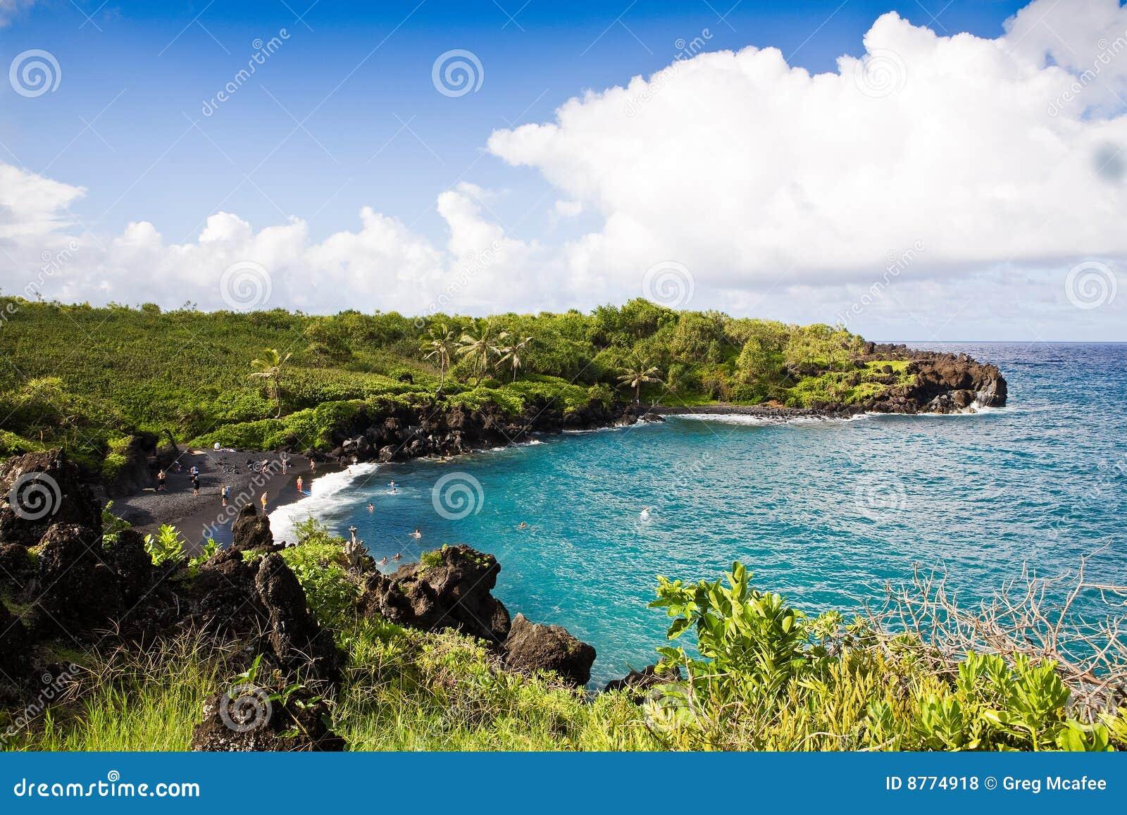 Playa negra de la arena maui fotos de archivo libres de for 7 piscinas sagradas maui