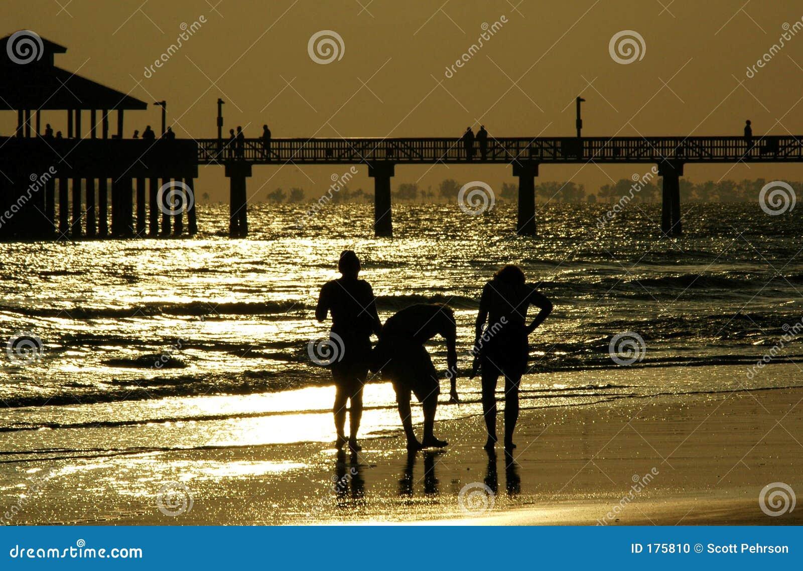 Playa que recorre de la familia