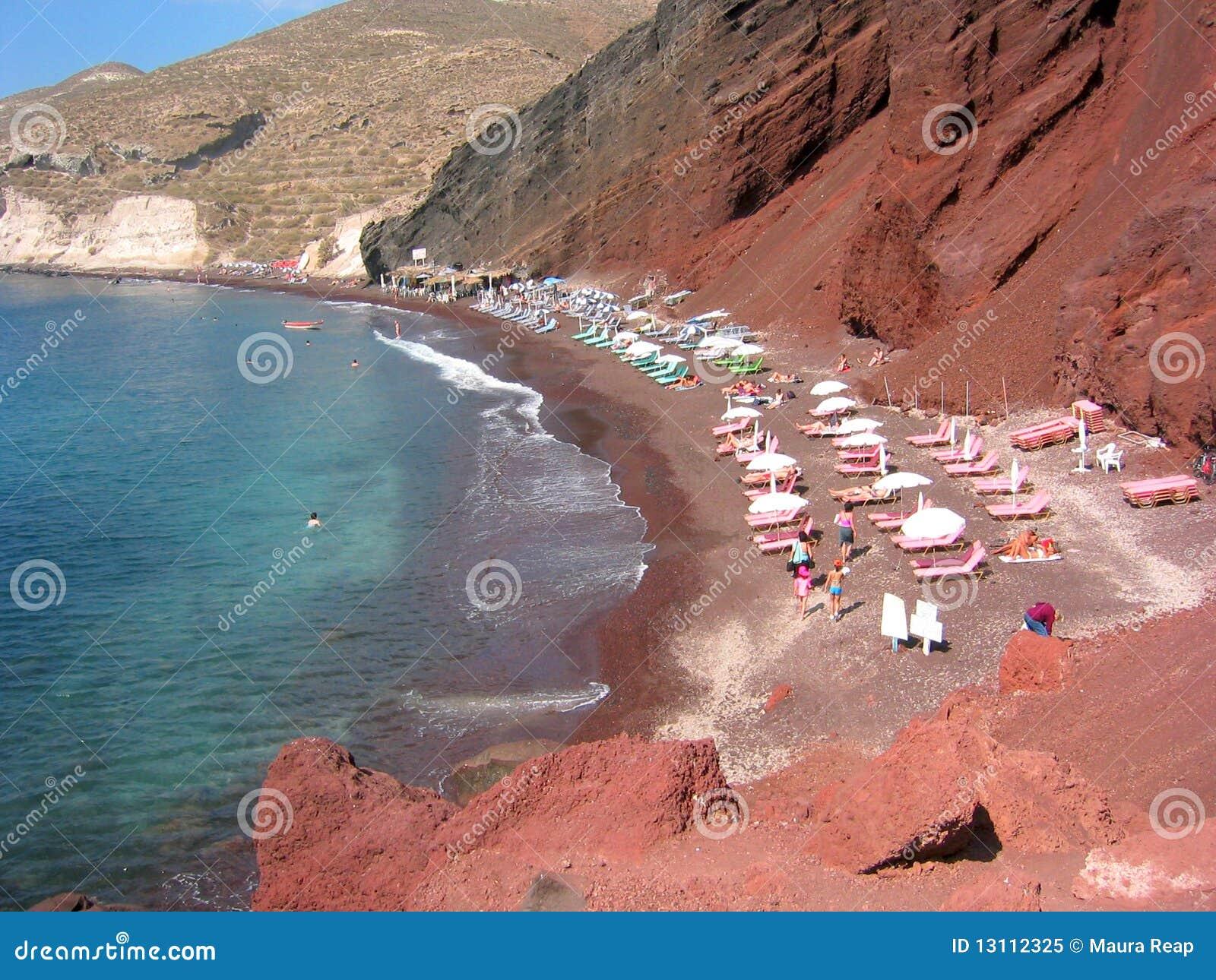 Playa roja de la arena