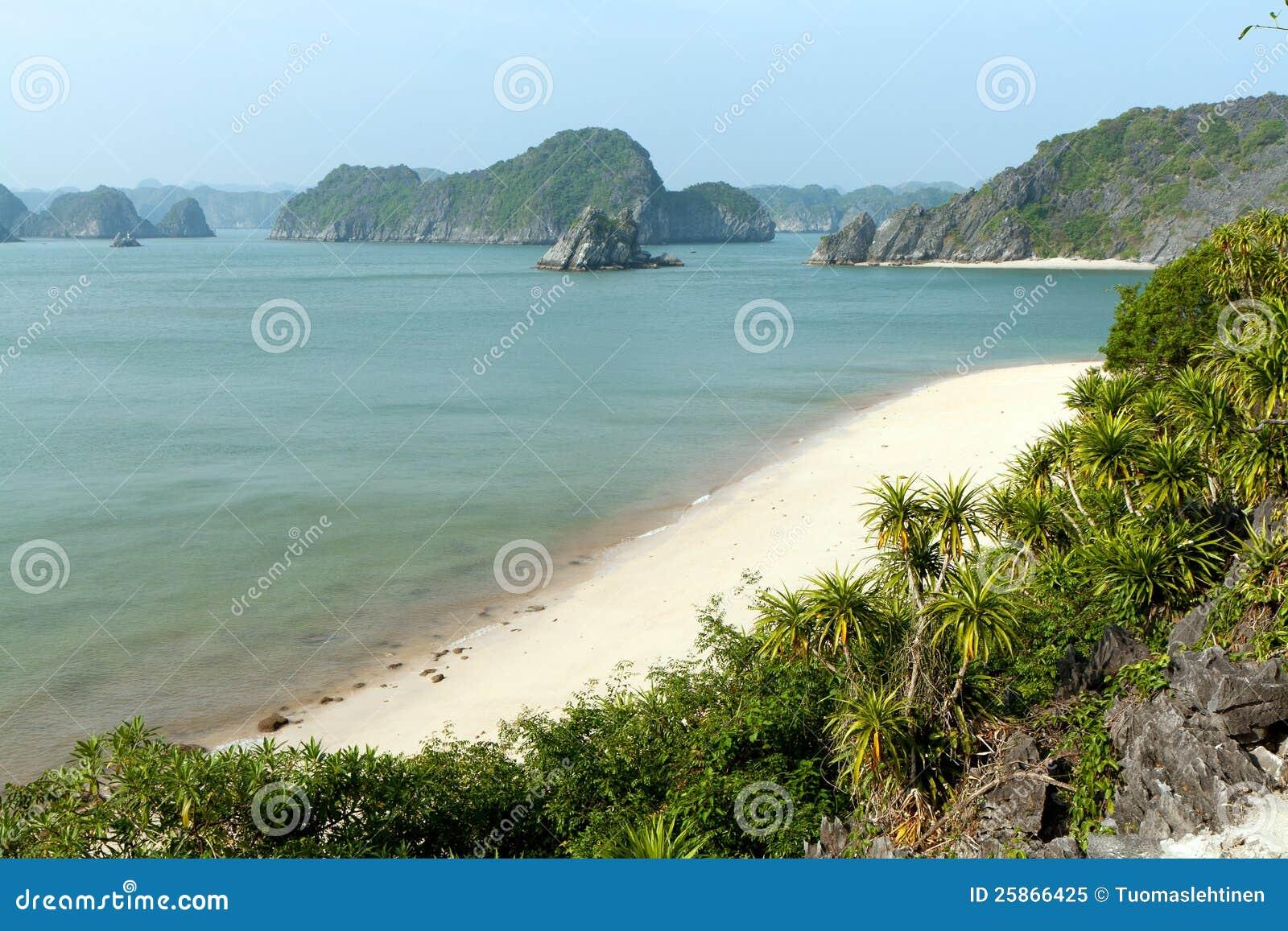 Playa vacante en Vietnam