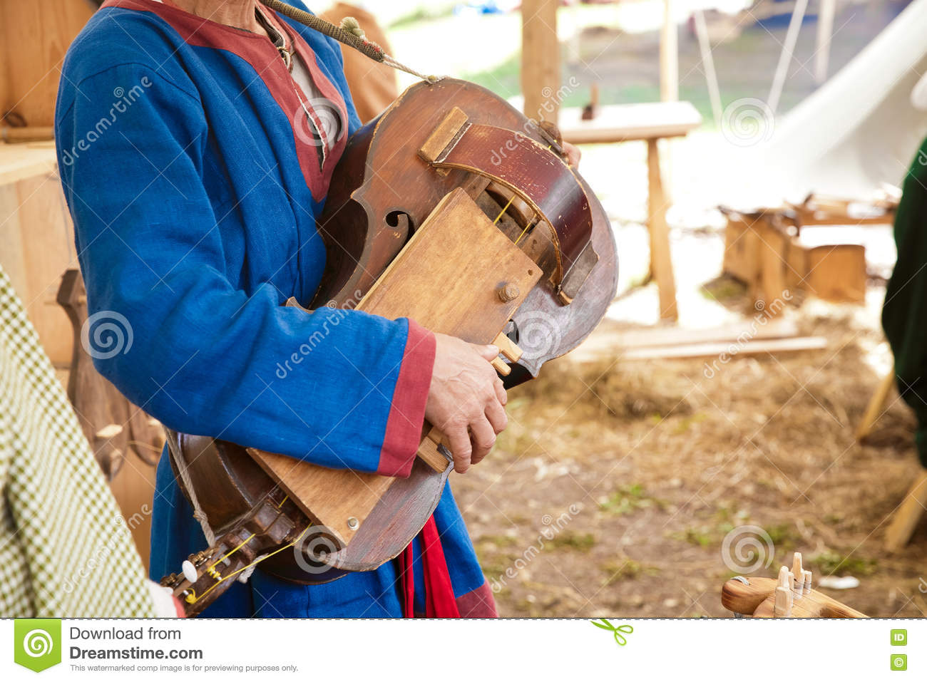 Playing the ancient stringed instrument