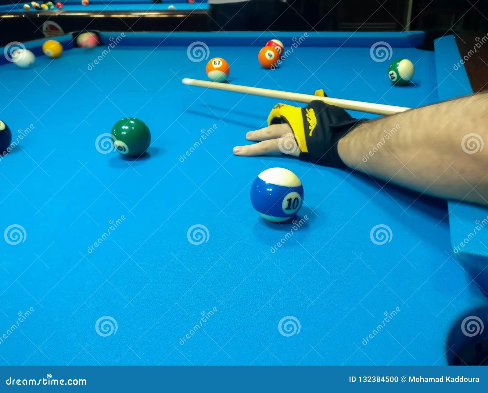 Snooker Player Stock Photo Cartoondealer Com 91103808