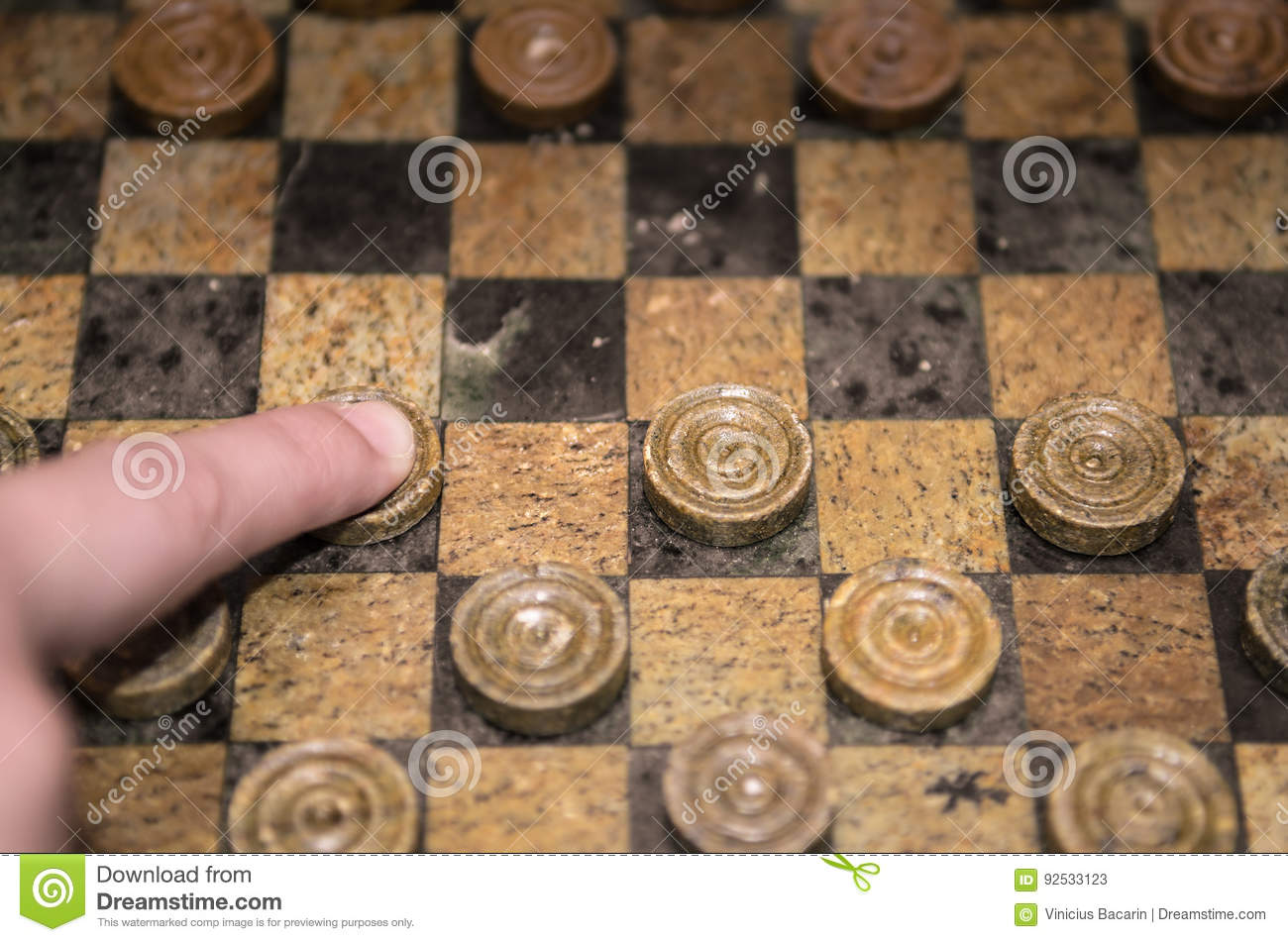 Playing checkers game