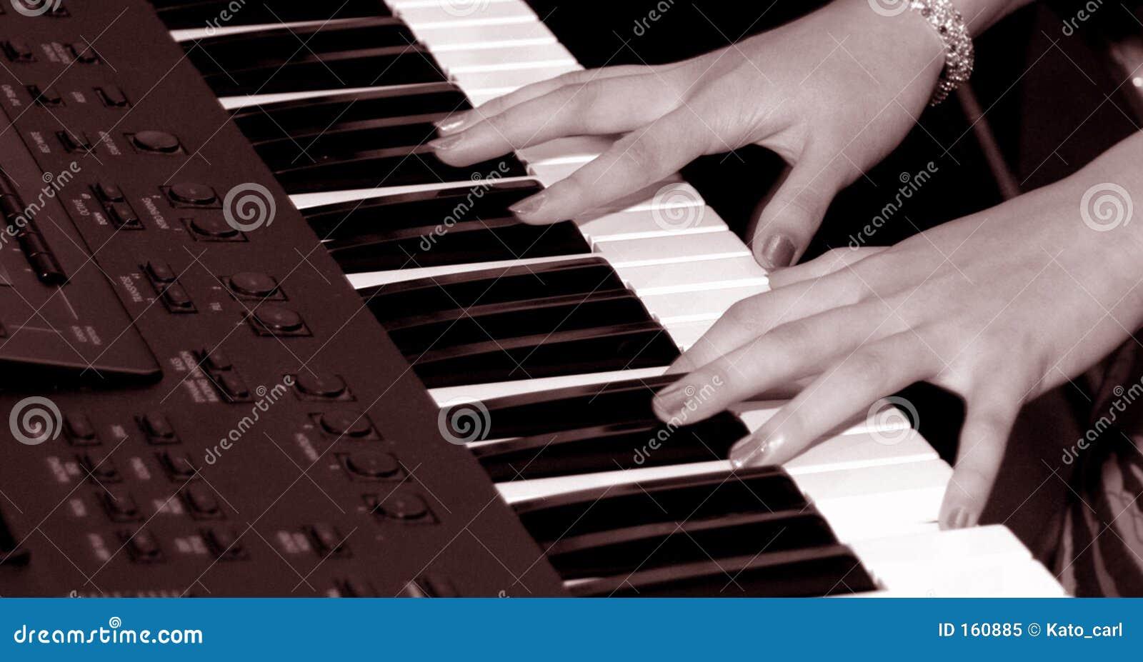 Playing Keybroad