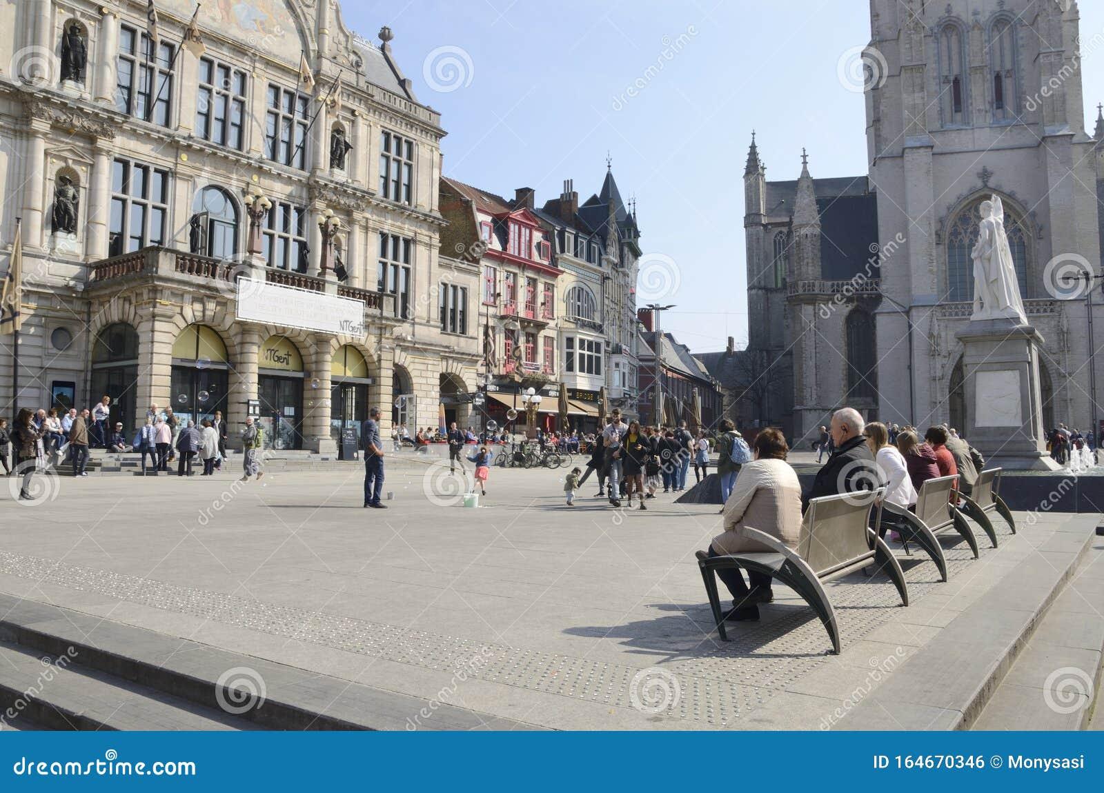 Plaza Central En Gante Foto Editorial Imagen De Edificio 164670346