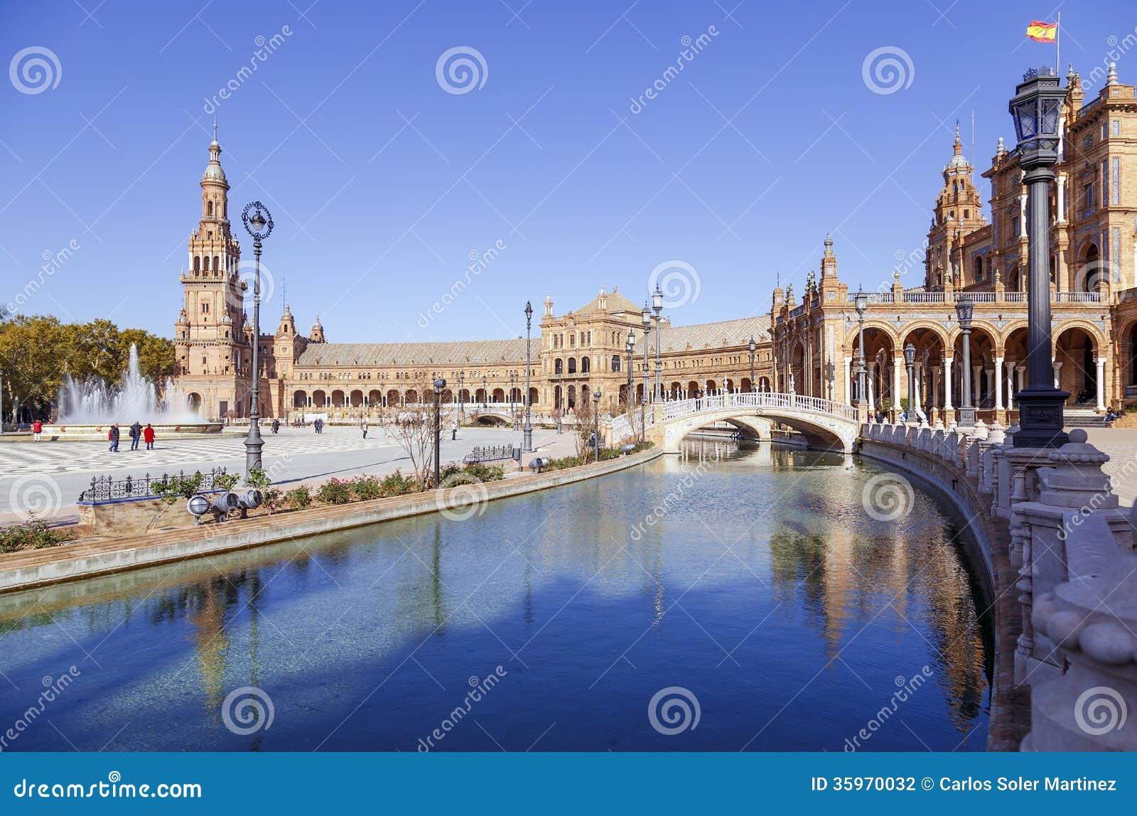 Plaza de Espana - cuadrado español en Sevilla, España