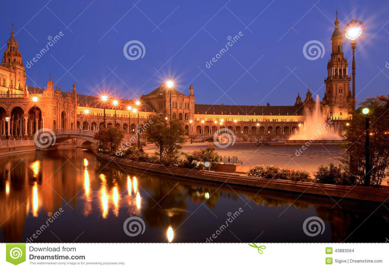Download Plaza De Espana Sevilla At Night Stock Photo - Image of sevilla, building: 43883564