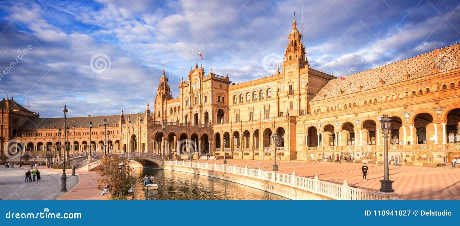 Plaza de Espana Spanien fyrkant i Seville Andalusia