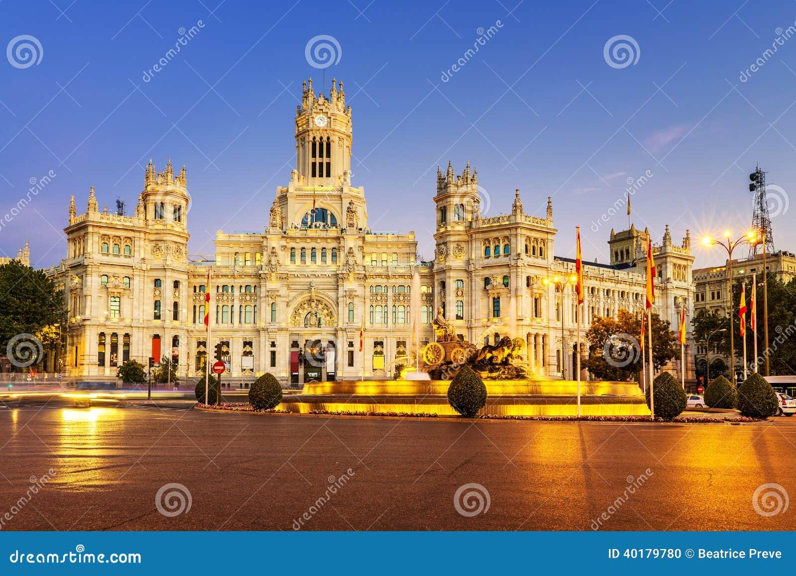 Plaza de la Cibeles Madri