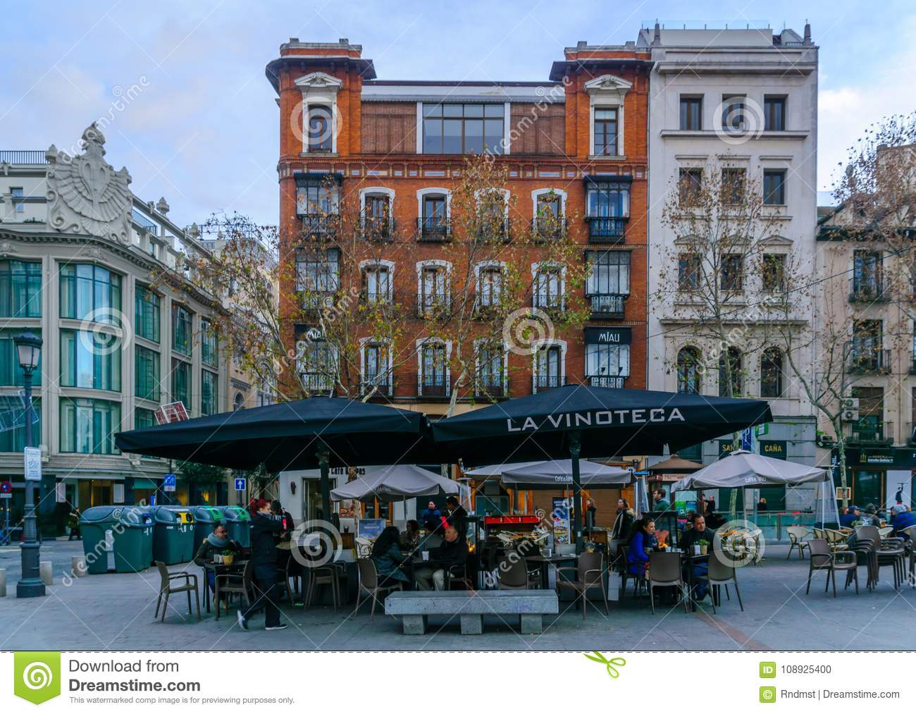 Plaza De Santa Ana In Madrid Editorial Image Image Of Tourist
