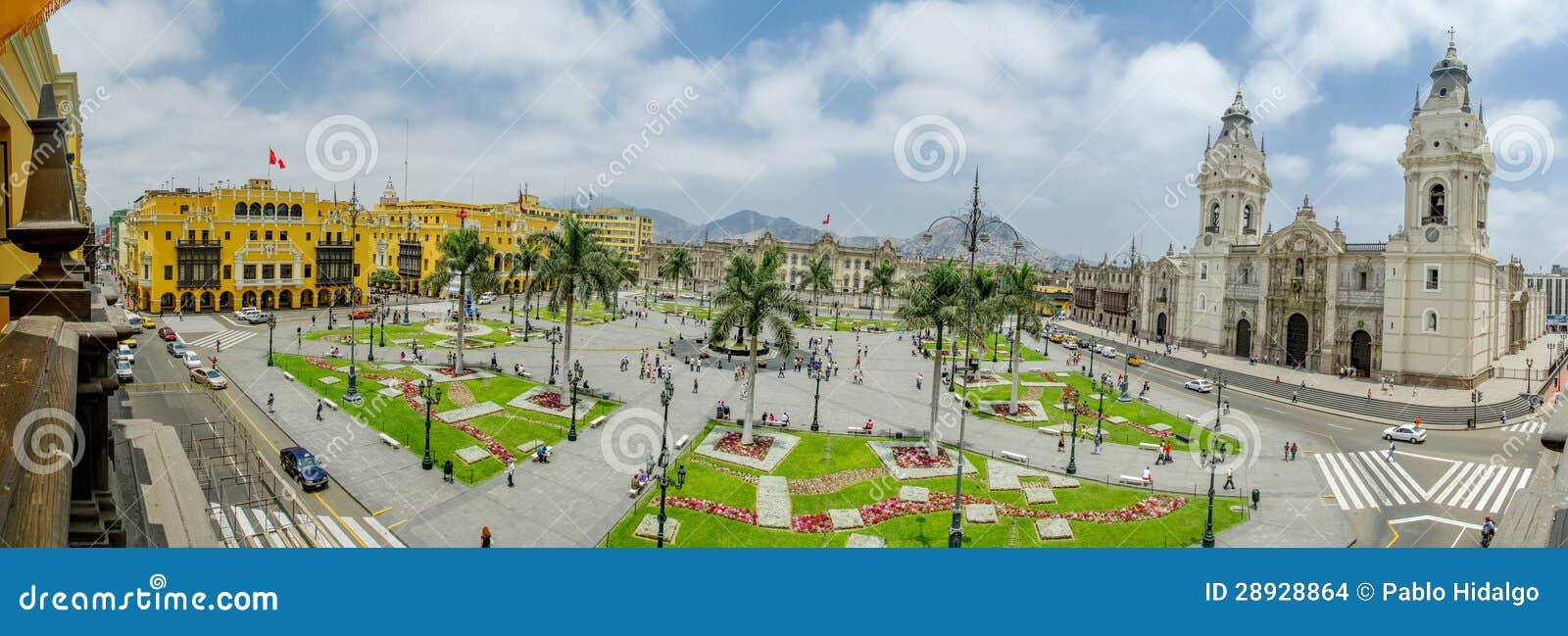 Plazaen de armas i Lima, Peru 180 beskådar