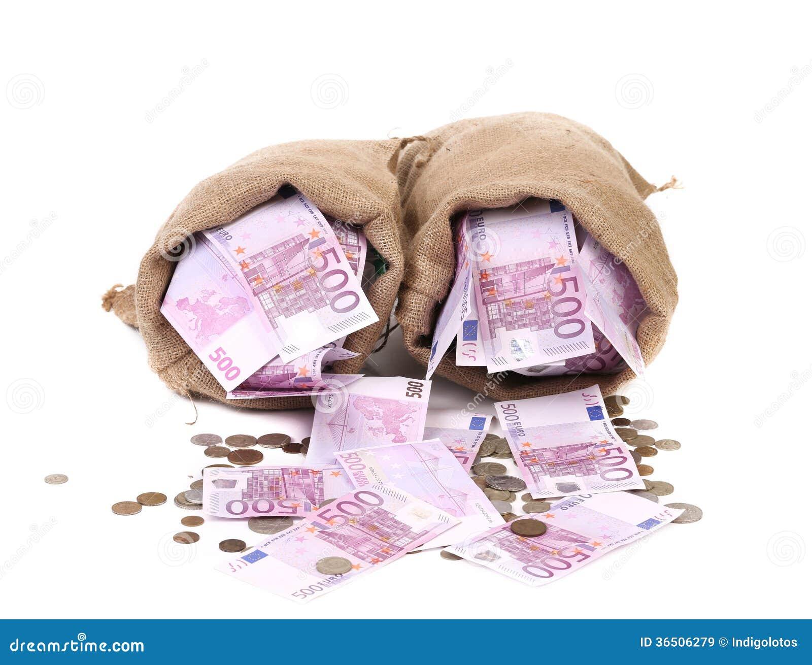 Plein sac deux avec l argent.