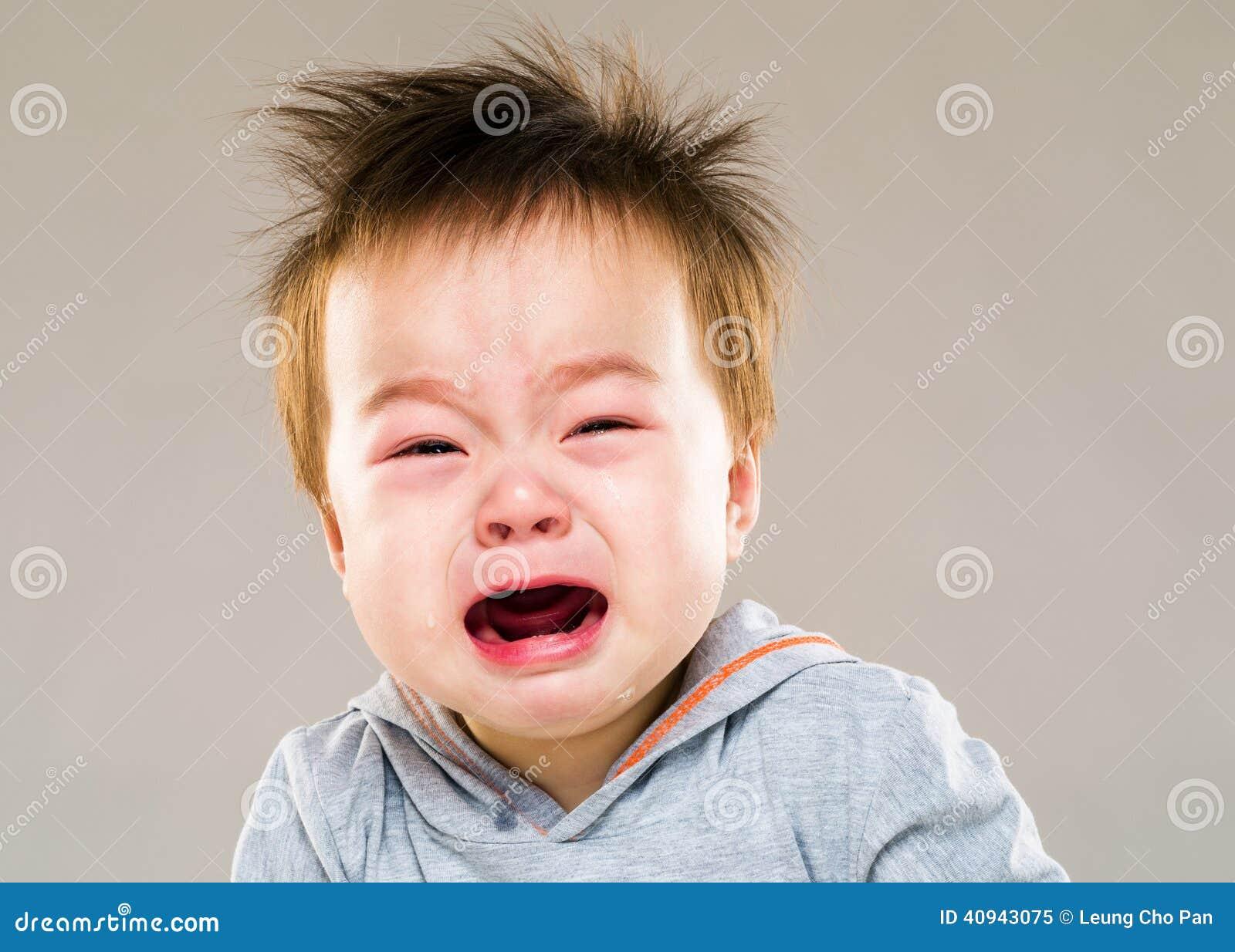 Pleurer de bébé garçon de l Asie