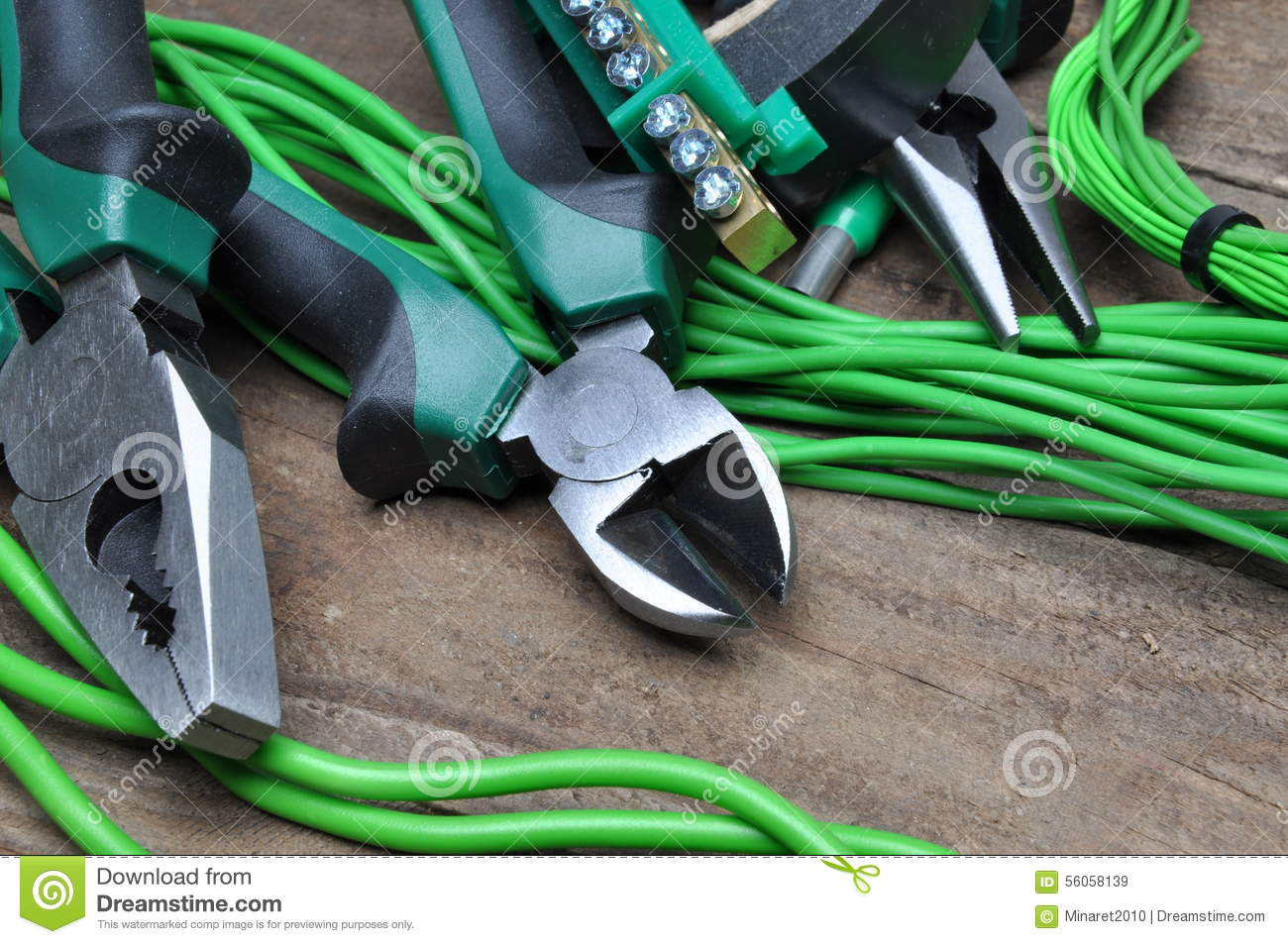 Pliers tools and component for electrical installation