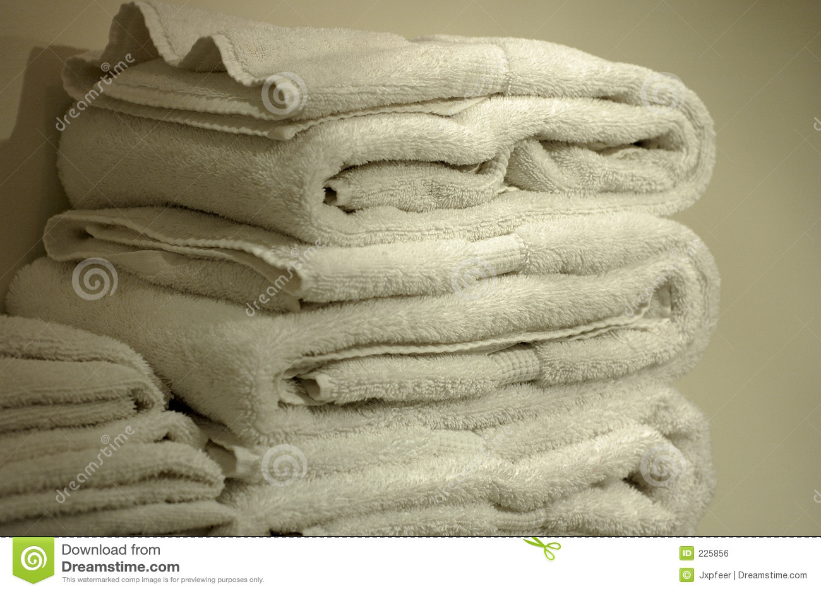 Pluizige Witte Handdoeken