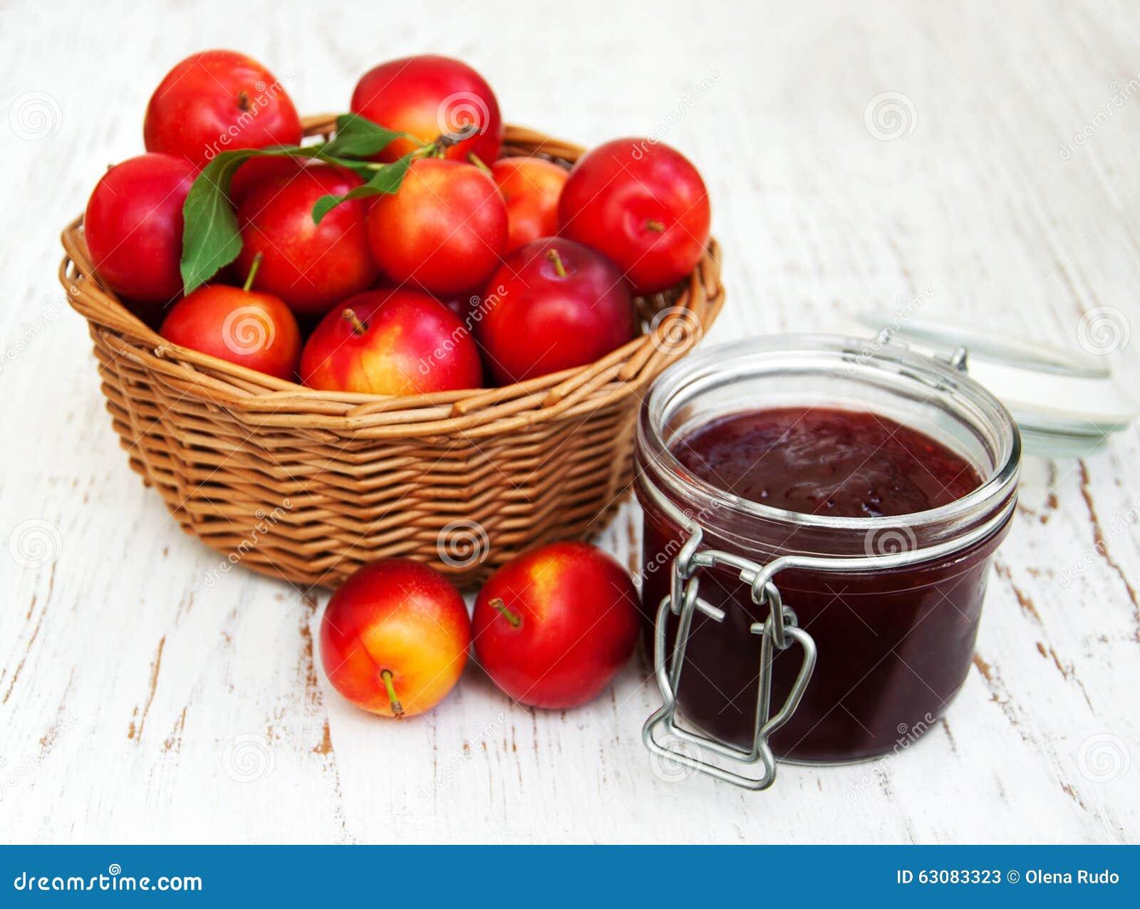 Download Plum Jam image stock. Image du dessert, fruit, préservation - 63083323