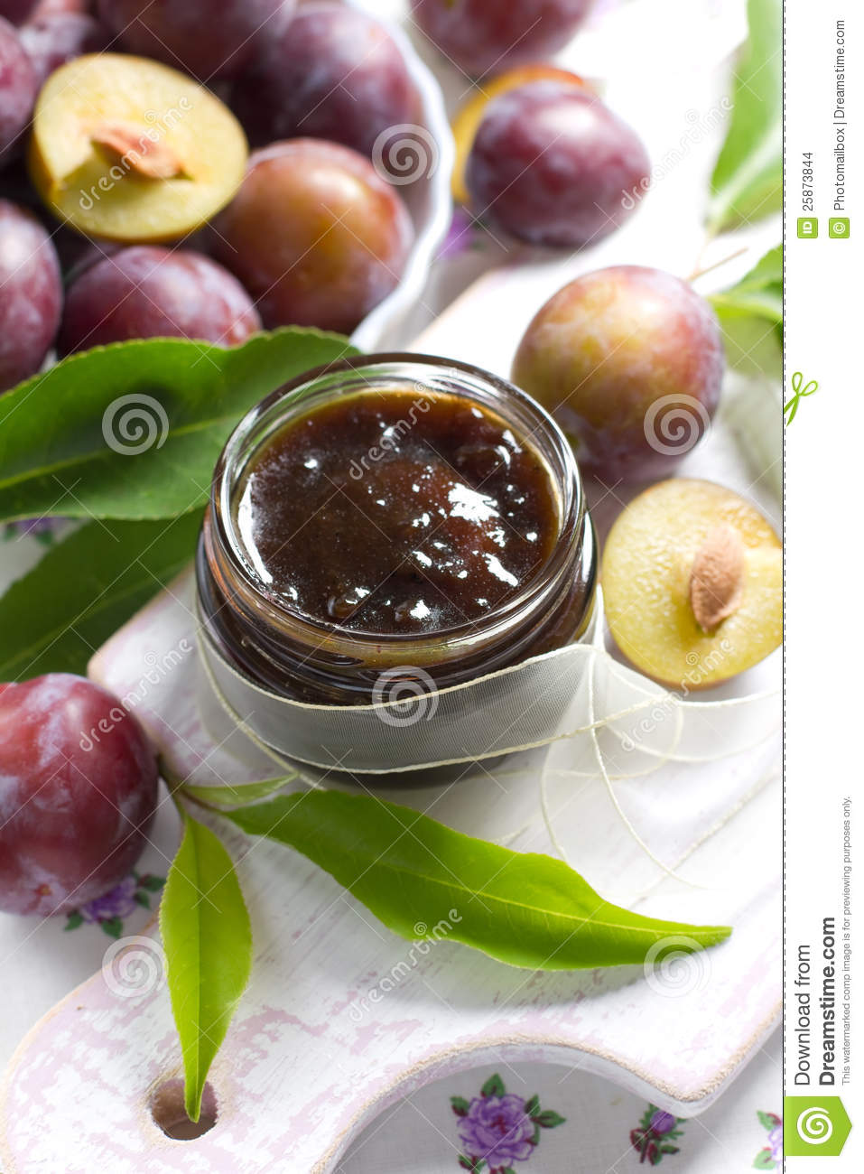 how to make plum jam with fresh plums
