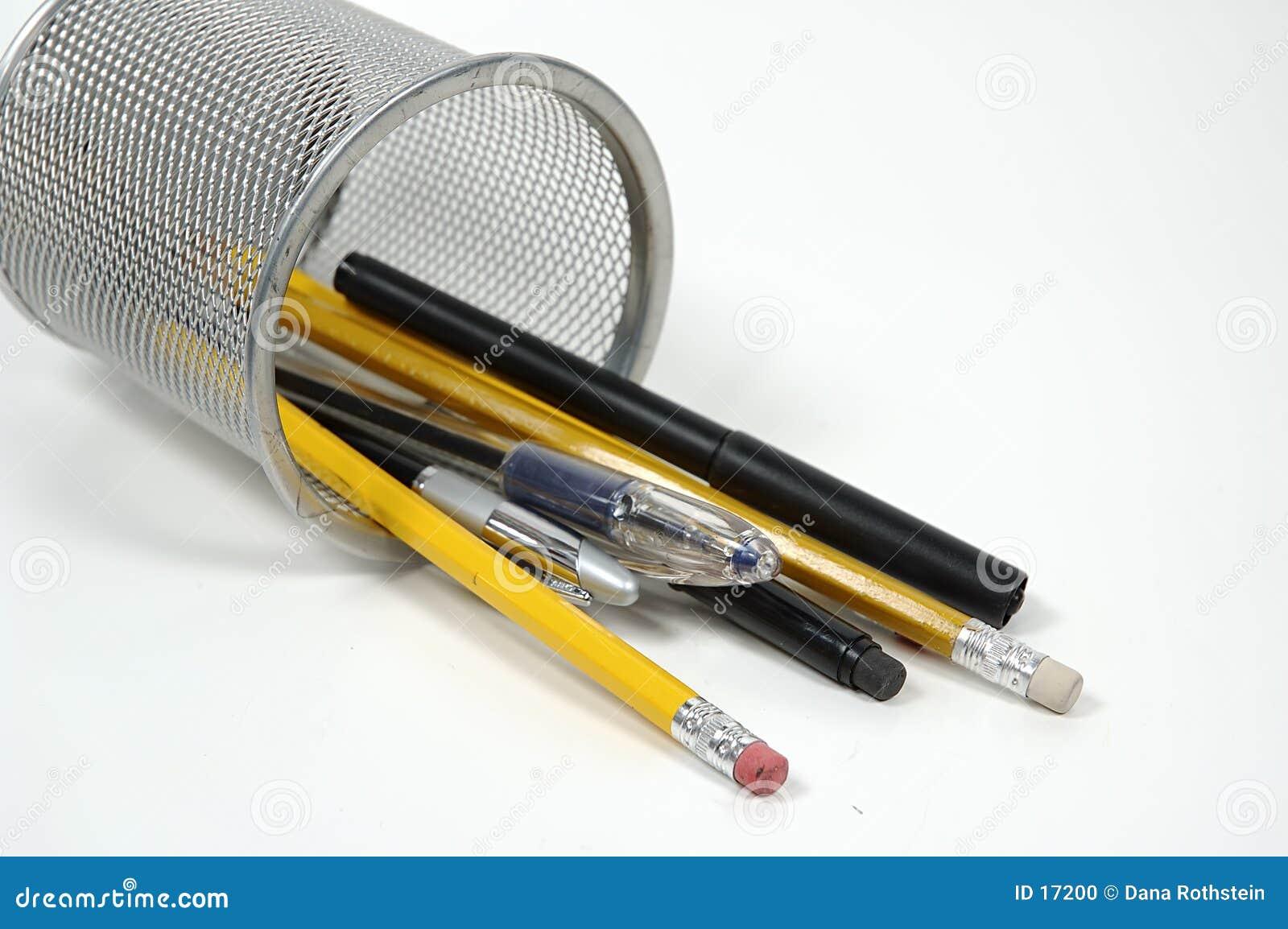 Plumas y lápices