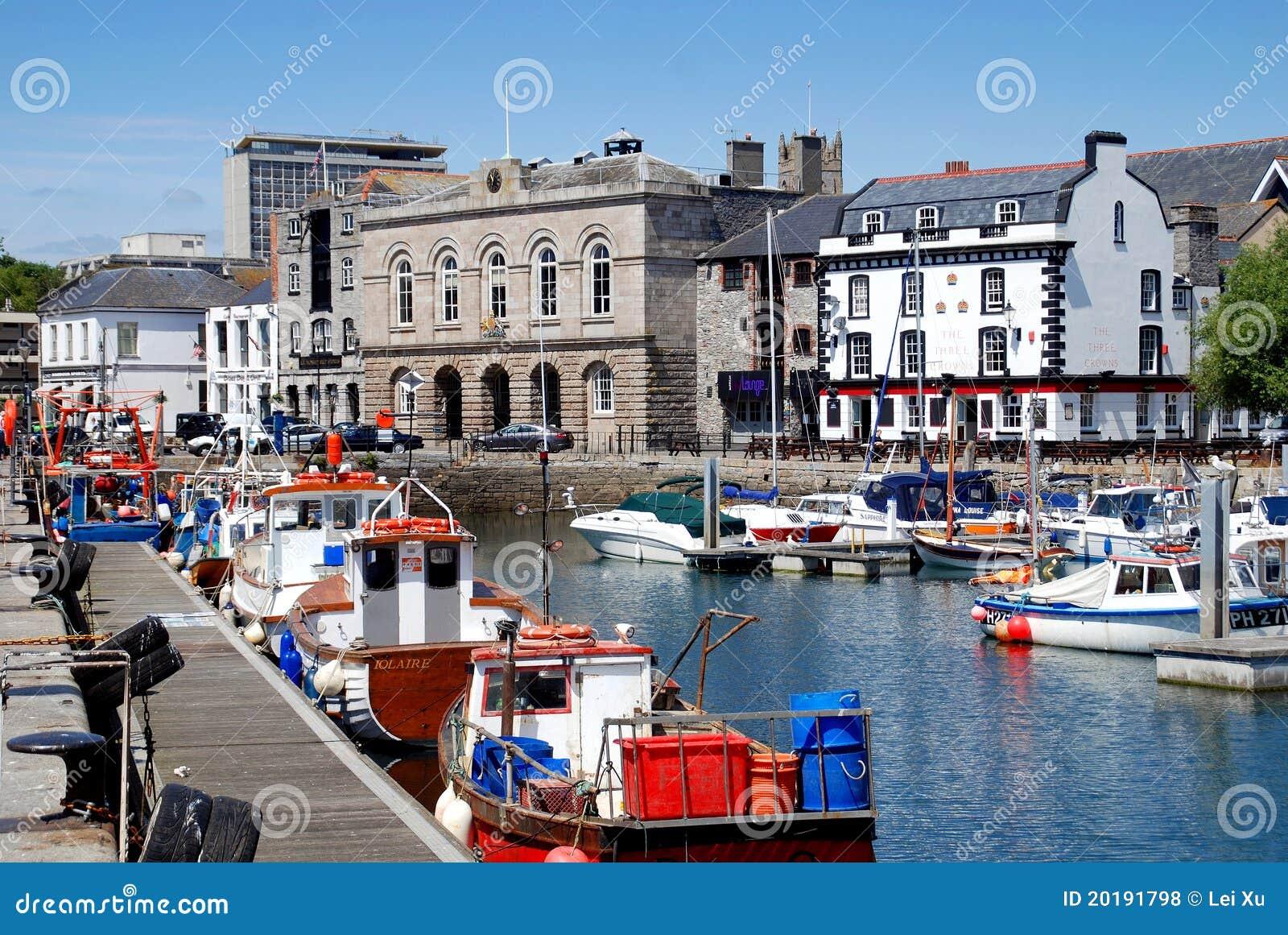 Plymouth engeland de kade van het huis van de douane redactionele stock foto afbeelding - Huis van de wereld canapes ...