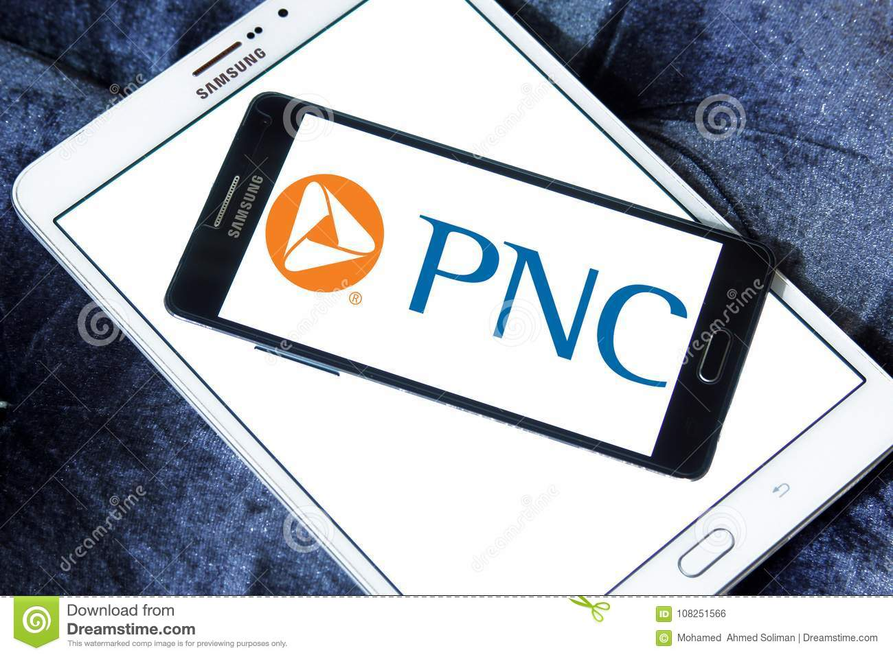 PNC Financial Services Logo Editorial Photo - Image of capital
