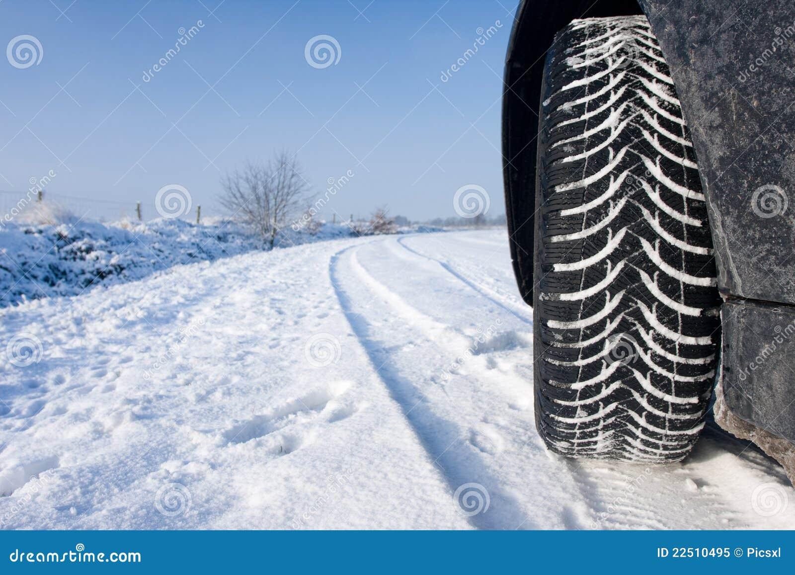 Pneu de l hiver de neige