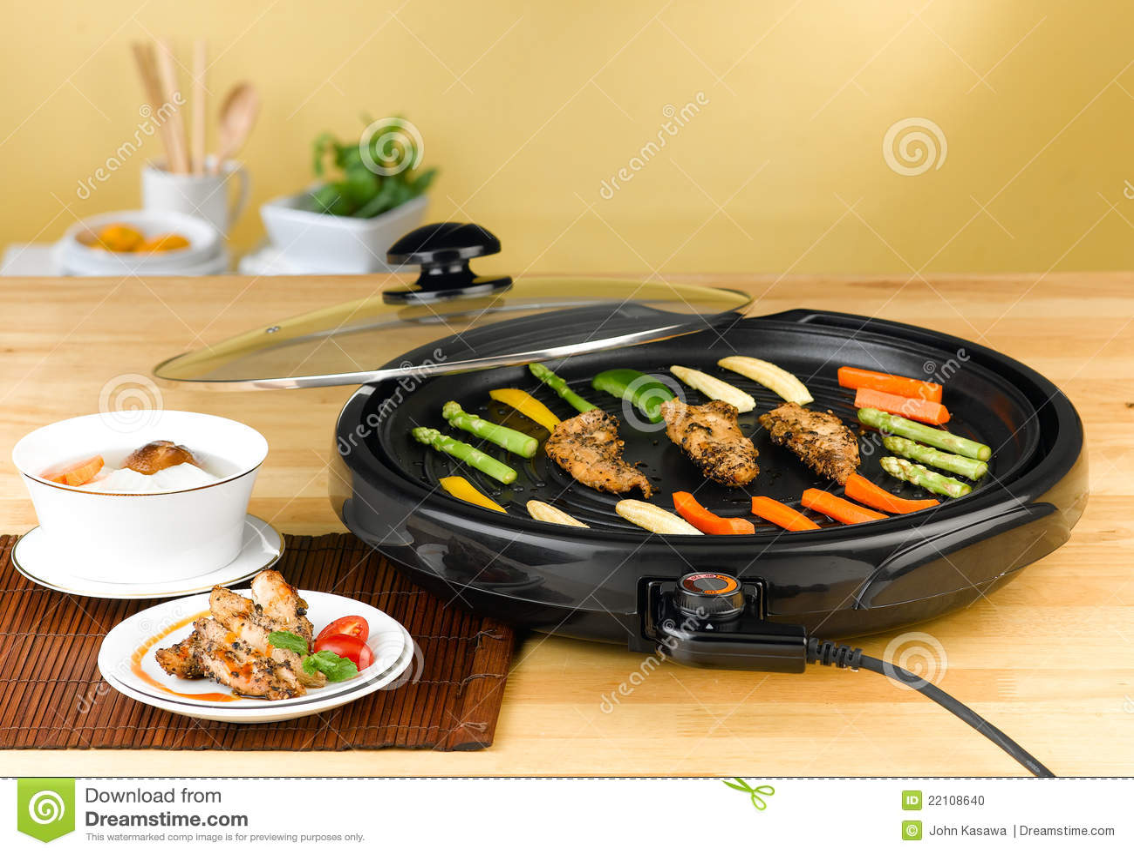Poele Electrique De Barbecue Photo Stock Image Du Housewife