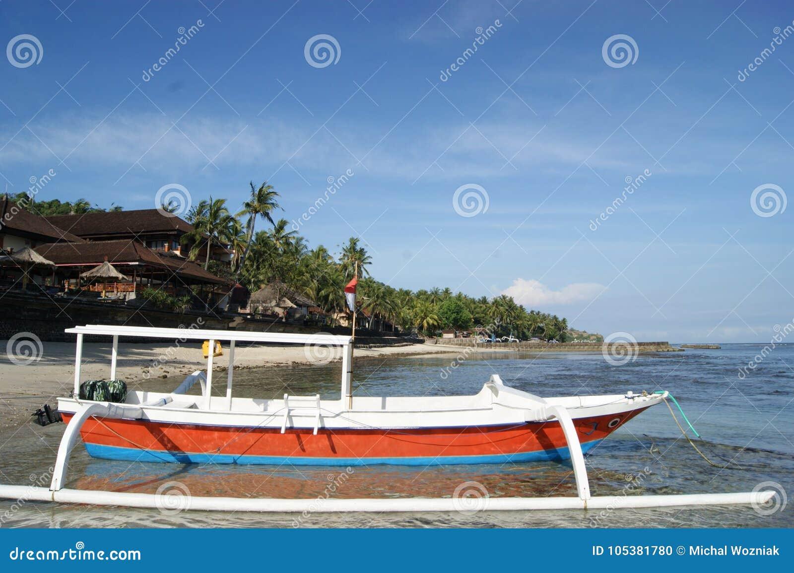 Połowu Trimaran w Bali, Indonezja