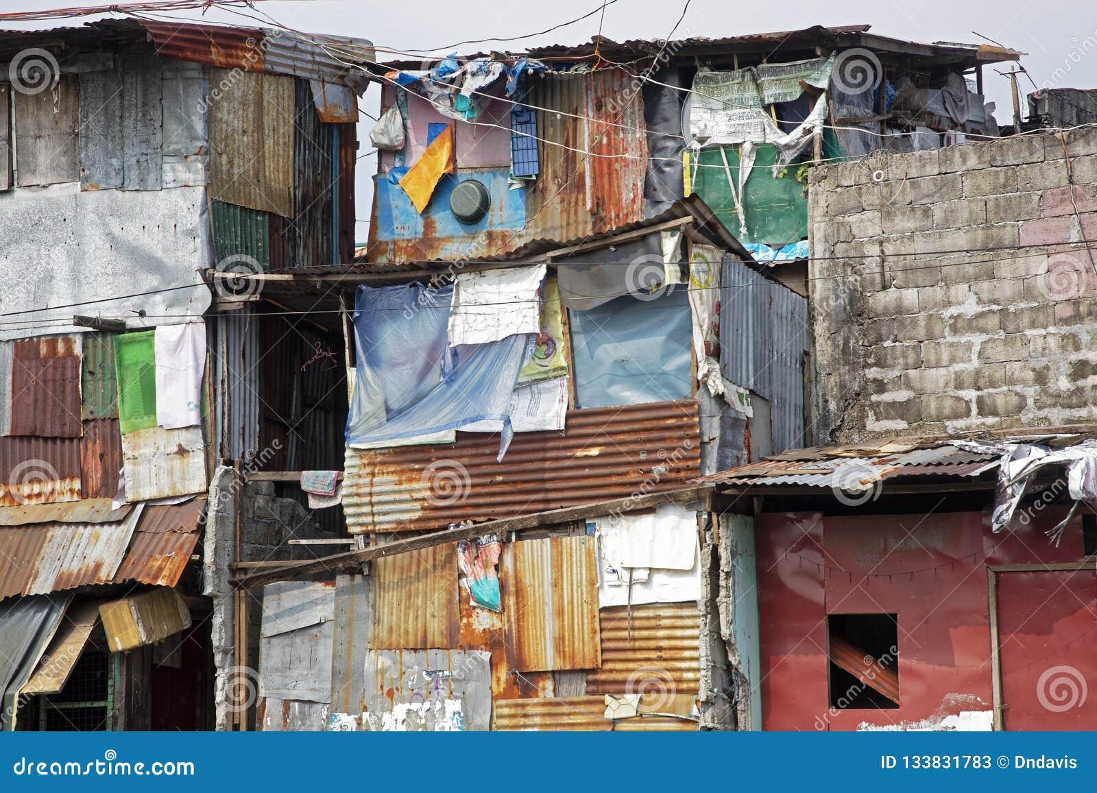 Pobreza nas ruas de Manila nas Filipinas
