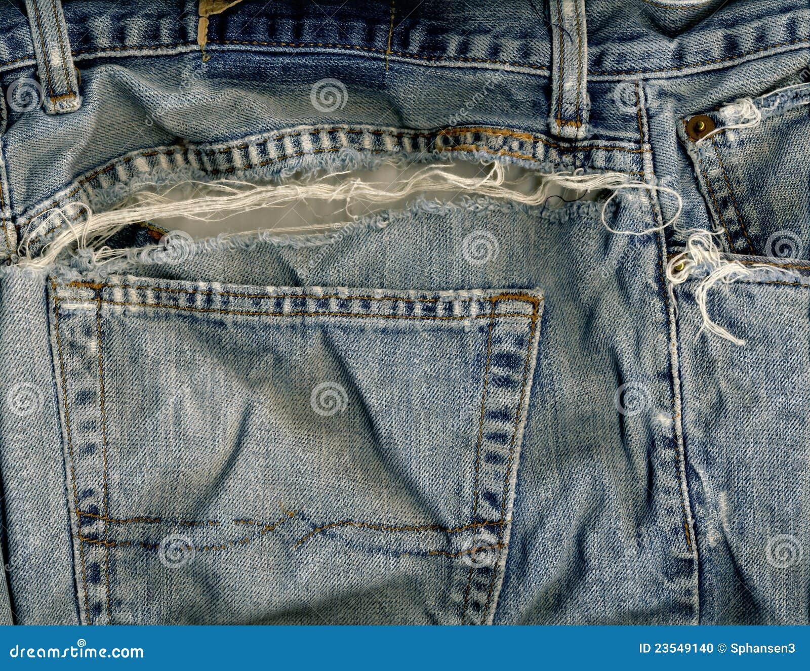 Poche et déchirure de jeans