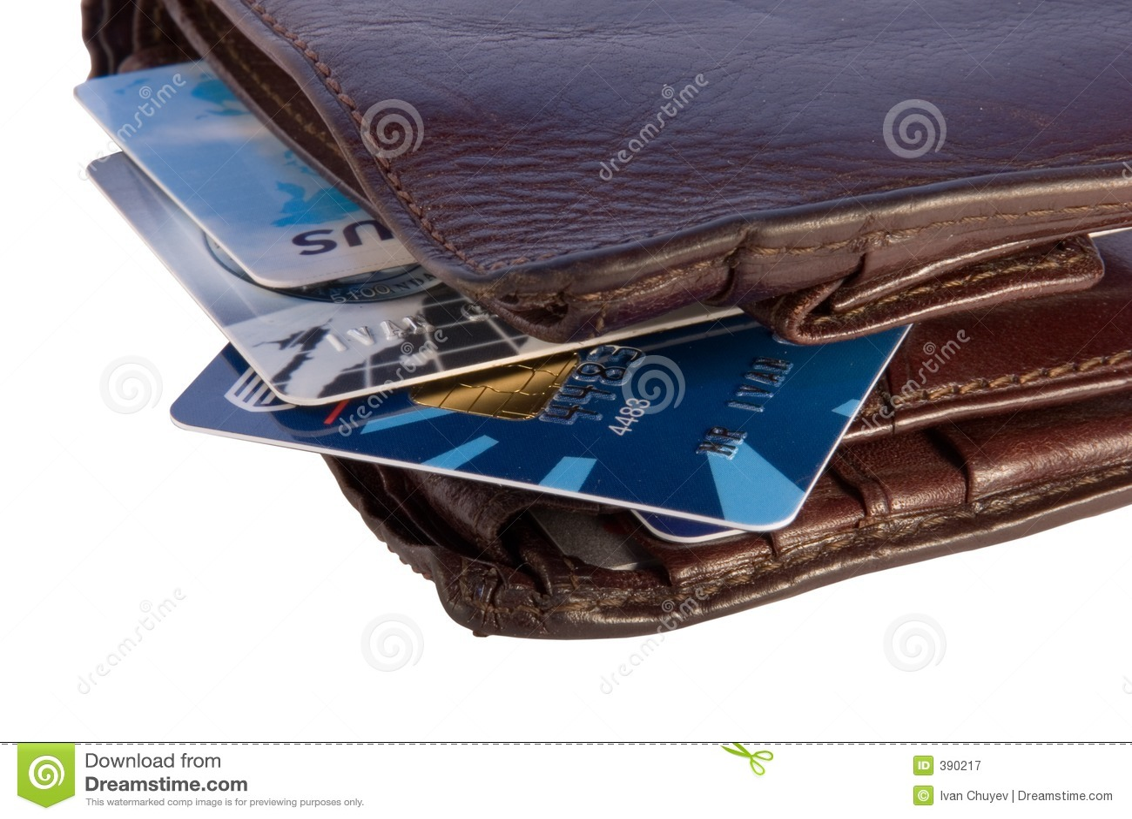 Pochette avec des cartes de crédit à l intérieur