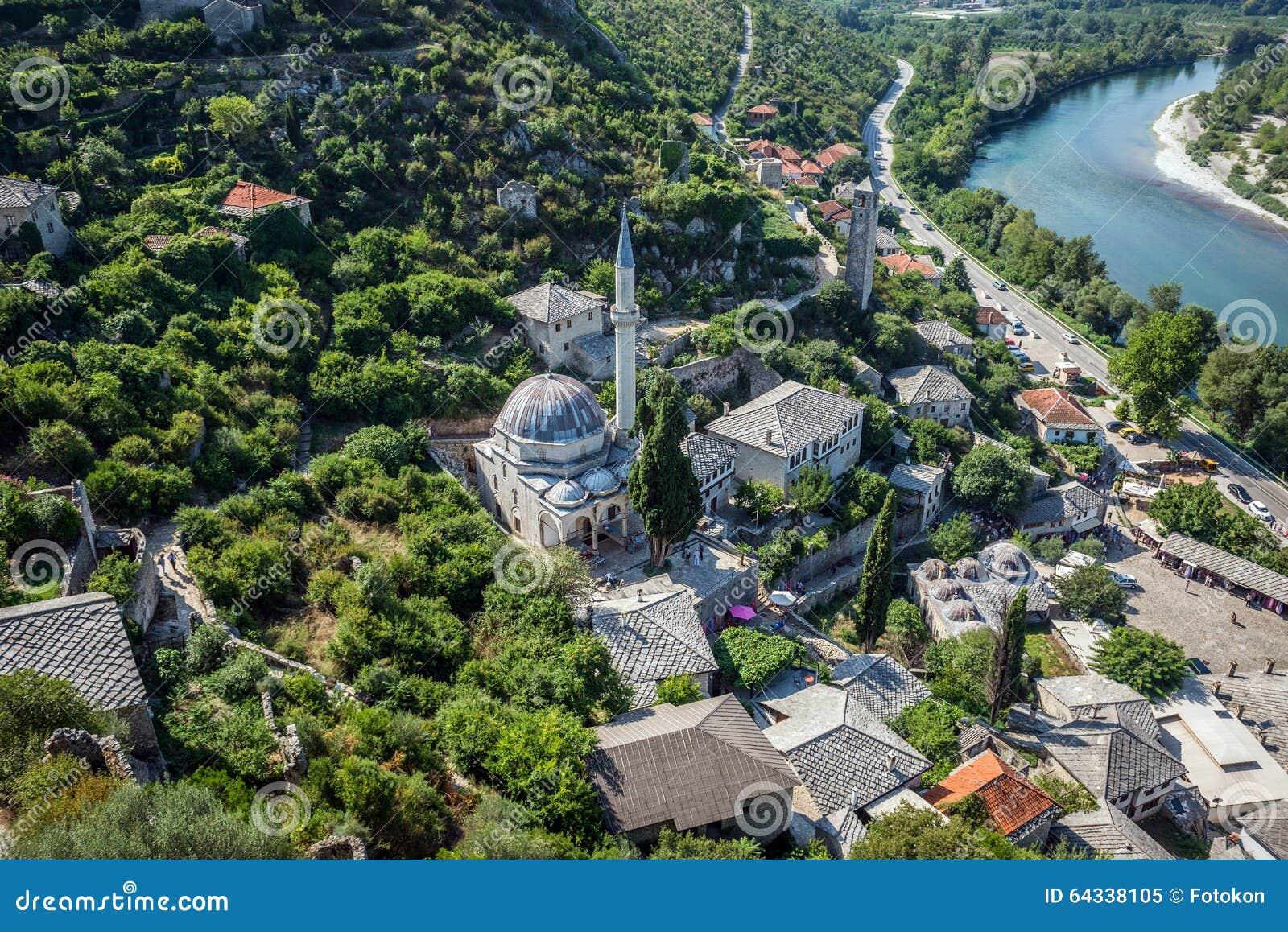 Pocitelj en bosnie photo stock image 64338105 for Haus gottschalk