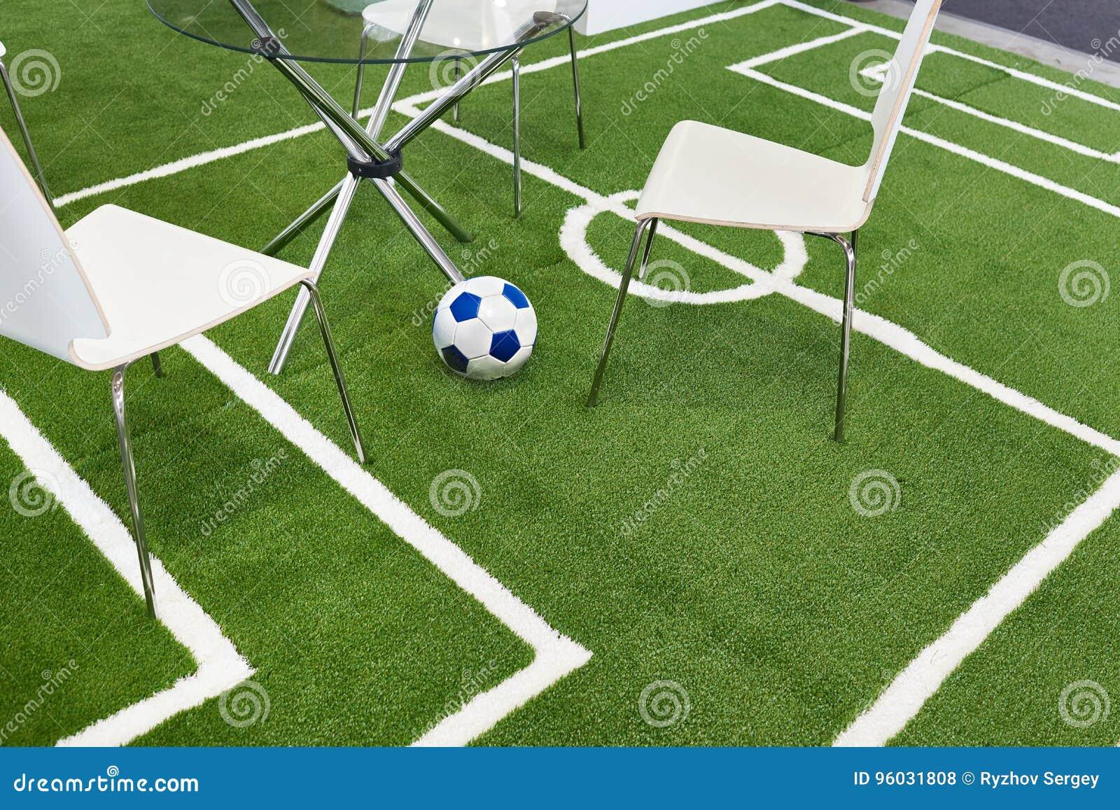 Podłogowy nakrycie jako boisko do piłki nożnej