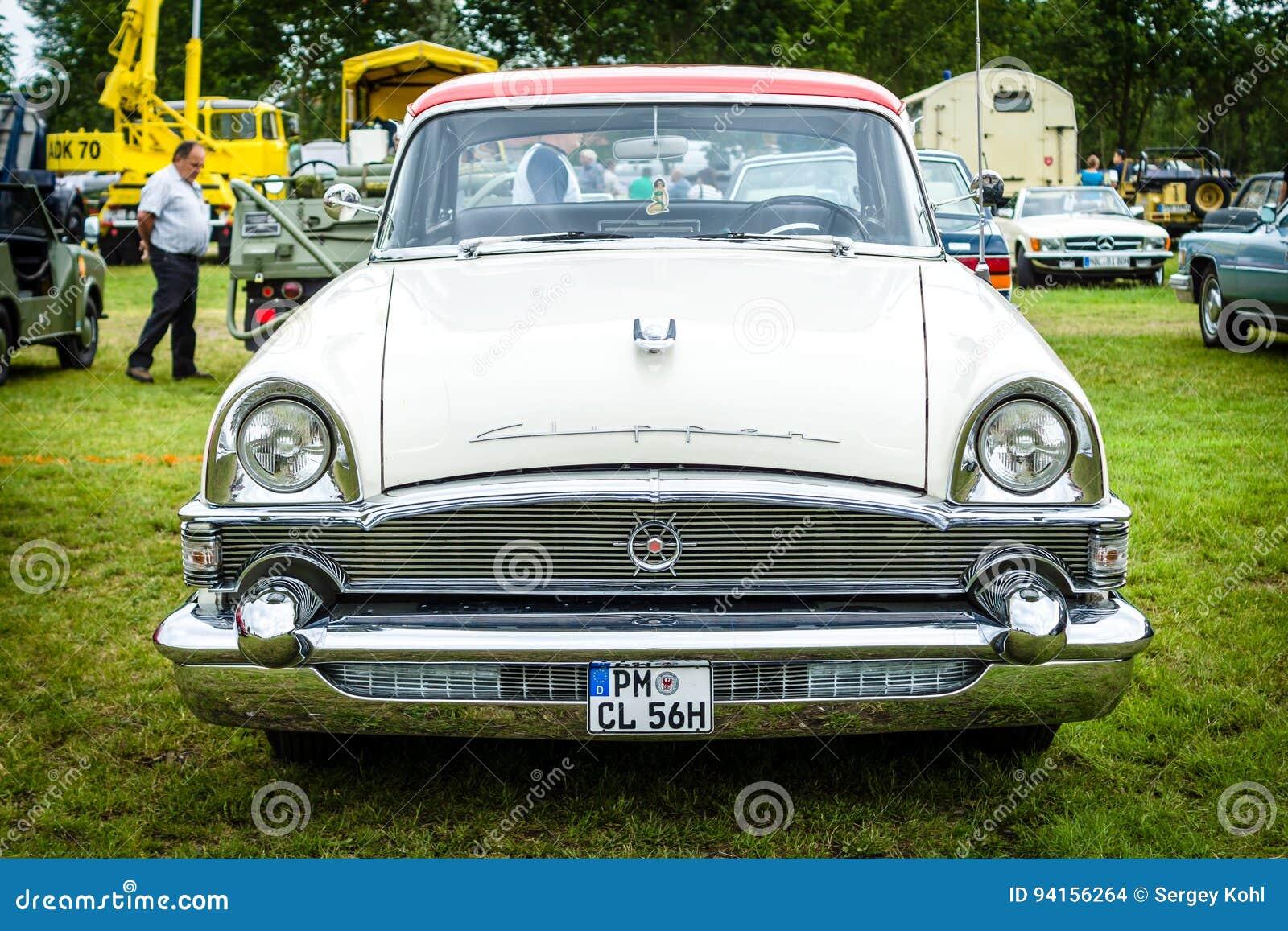 Podadoras DeLuxe, 1956 del packard del coche del vintage
