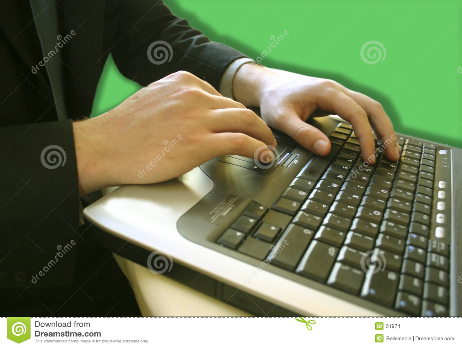 Podaj laptopa człowiek sprawa