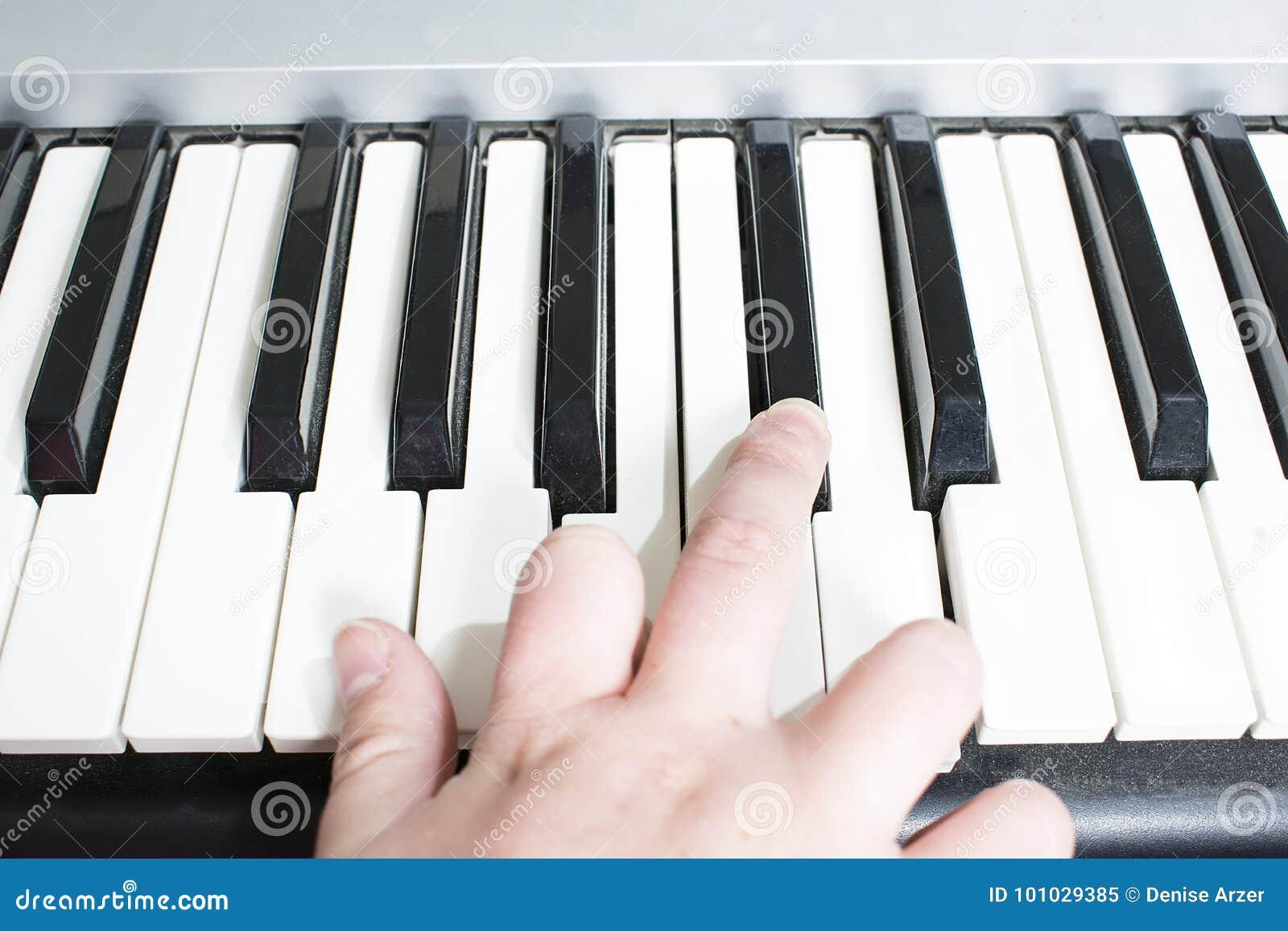 Podaj pianino