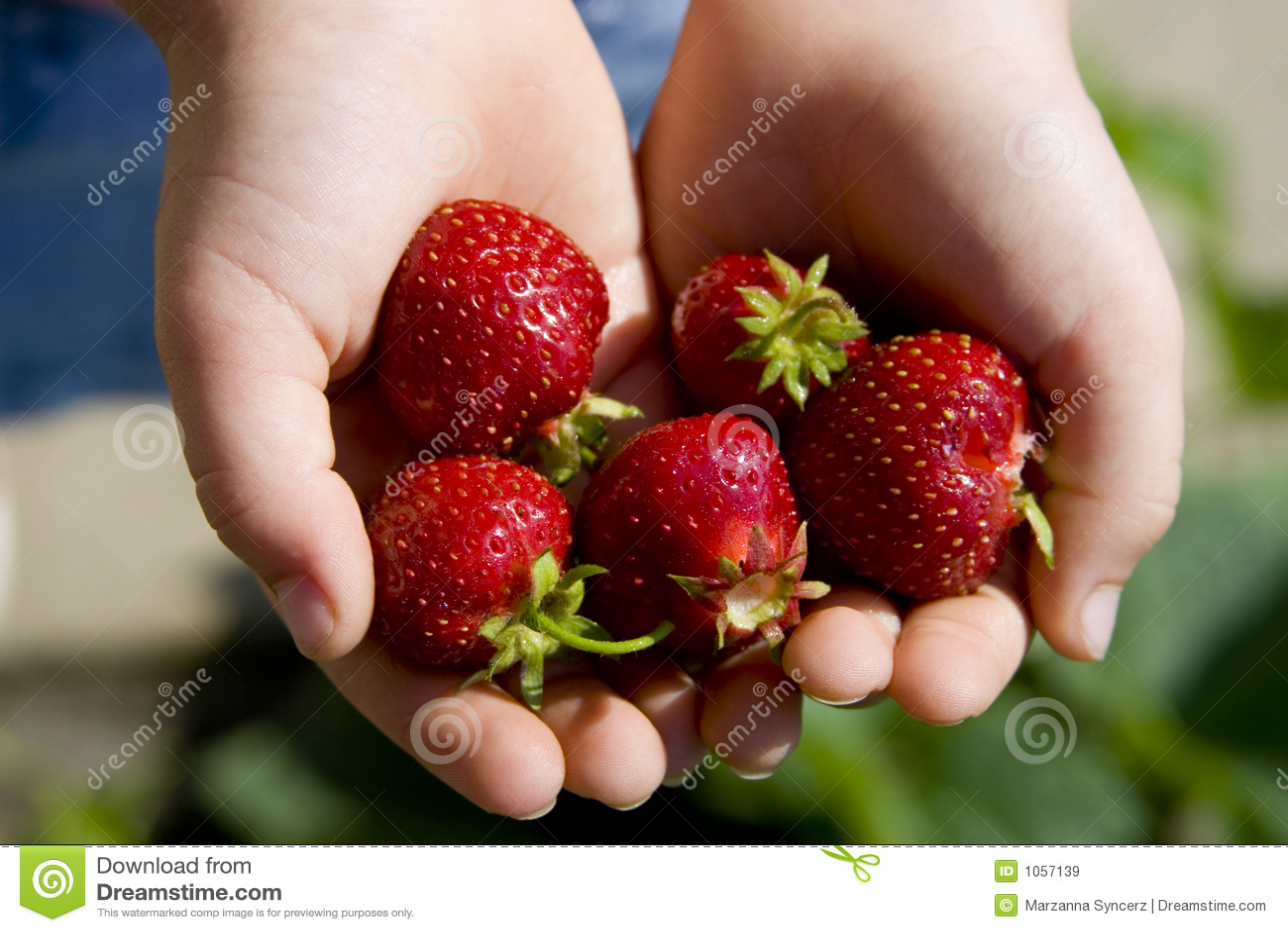 Podaj strawberrys