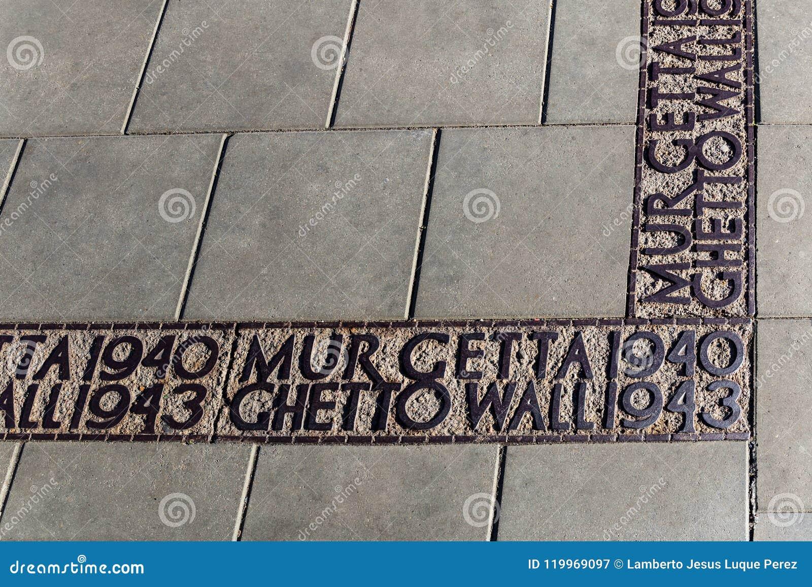 Podpisuje na zmielonym ocechowaniu dokąd getto ściana był w Warszawa w drugiej wojnie światowa