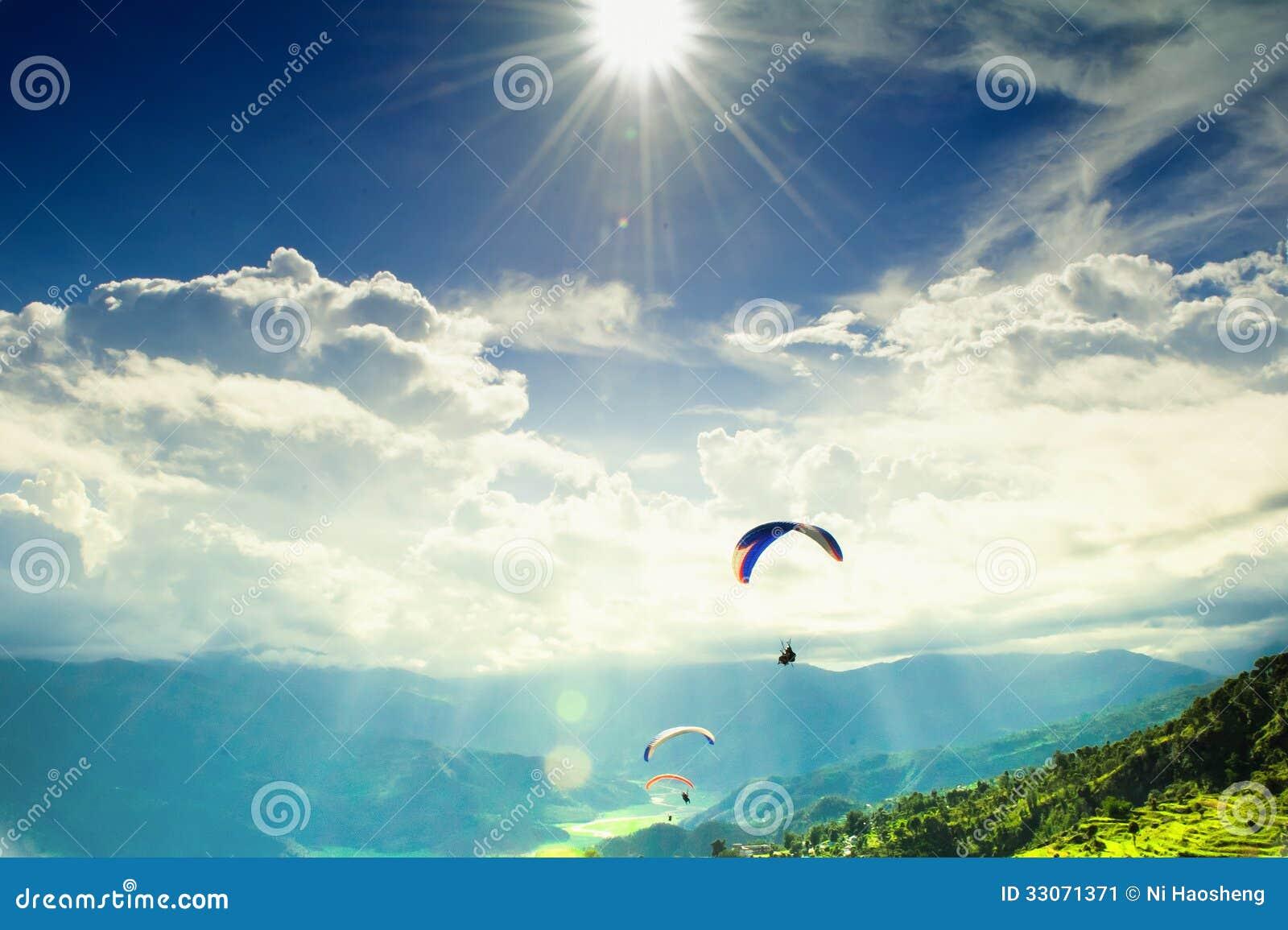 Podróż przy Nepal - Paragliding