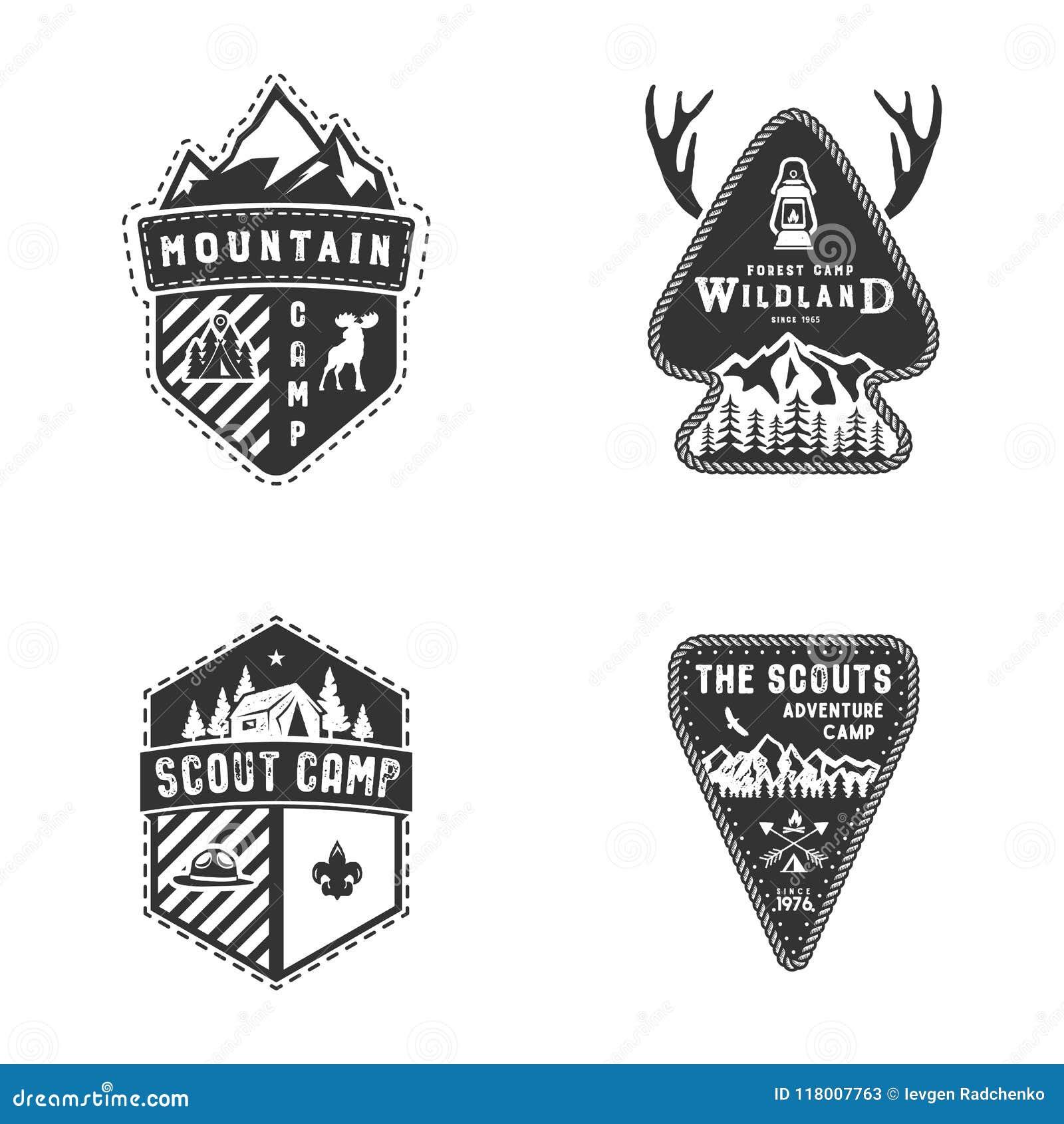 Podróży odznaki, plenerowej aktywności loga kolekcja Harcerz obozuje emblematy Rocznik podróży odznaki ręka rysujący projekt zapa