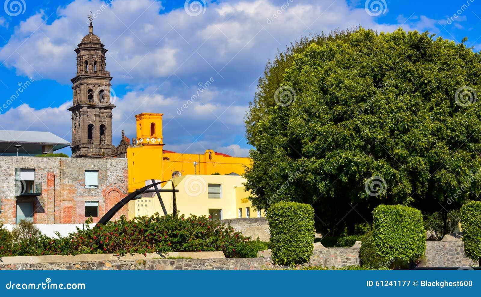 Podwórze ogród w Puebla Meksyk