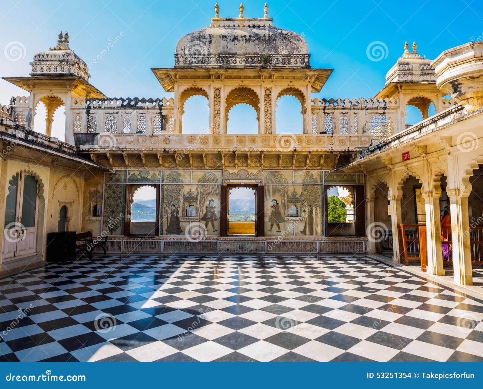 Podwórze przy Udaipur miasta pałac