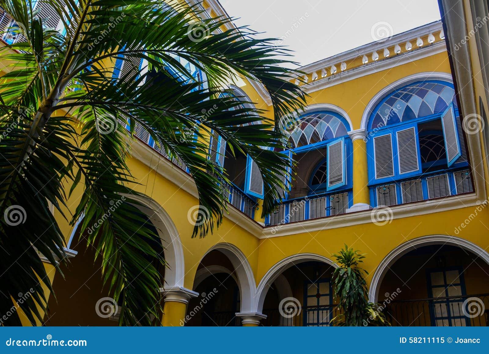 Podwórze w starym Havana